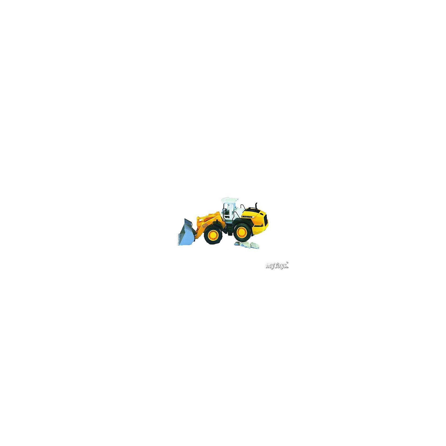 Погрузчик колёсный Liebherr  L574 с ковшом, BruderПогрузчик колёсный Liebherr L574 с ковшом, Bruder (Брудер) - это качественная детализированная игрушка с подвижными элементами.<br>Погрузчик колёсный Liebherr L574 с ковшом от немецкого производителя игрушек Bruder (Брудер) в точности повторяет реально существующую машину. Все детали игрушки выполнены с максимальной точностью и подробной детализацией. Мощным колесным погрузчиком очень удобно управлять. Ваш ребенок с радостью будет играть с ним. Ковш погрузчика поднимается вверх и опускается вниз, фиксируясь в верхнем положении. Угол наклона ковша регулируется, фиксируется в 2-х положения, чтобы избежать нечаянного просыпания сыпучих грузов. Крышка моторного отсека открывается. Передние колеса поворачиваются. Кабина оснащена рулем и сидением, двери кабины открываются. Широкие прорезиненные колёса с рельефными протекторами обеспечивают тихий ход машины и сохранность напольного покрытия. Игрушка изготовлена из высококачественного пластика, устойчивого к износу и ударам. Продукция сертифицирована, экологически безопасна для ребенка, использованные красители не токсичны и гипоаллергенны.<br><br>Дополнительная информация:<br><br>- Размер машины: 52,5 x 18,5 x 22,5 см.<br>- Масштаб 1:16<br>- Материал: высококачественный пластик<br>- Цвет: желтый, черный, белый<br><br>Погрузчик колёсный Liebherr  L574 с ковшом, Bruder (Брудер) можно купить в нашем интернет-магазине.<br><br>Ширина мм: 570<br>Глубина мм: 256<br>Высота мм: 198<br>Вес г: 1513<br>Возраст от месяцев: 36<br>Возраст до месяцев: 96<br>Пол: Мужской<br>Возраст: Детский<br>SKU: 1210393