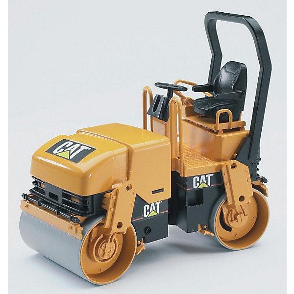 Каток CAT двухвальцовый,  BruderИграем в песочнице<br>Каток CAT двухвальцовый имеет подвижные переднюю и заднюю части (относительно друг друга). Вращающийся руль приводит в движение переднюю часть машины, и ребенок сможет направлять игрушку в нужную сторону. Кроме того, у катка Катерпиллер имеется удобная для управления ручка в задней части, а также открывающийся капот. Изделие изготовлено из прочного качественного пластика. Игрушка не требует батареек, все действия совершаются вручную.<br><br>Дополнительная информация:<br><br>- Масштаб: 1:16<br>- Размеры: 18х9,2х17,5 см<br>- Материал: высококачественный пластик<br><br>Каток CAT двухвальцовый Брудер можно купить в нашем магазине.<br><br>Ширина мм: 296<br>Глубина мм: 121<br>Высота мм: 209<br>Вес г: 404<br>Возраст от месяцев: 36<br>Возраст до месяцев: 96<br>Пол: Мужской<br>Возраст: Детский<br>SKU: 1430219