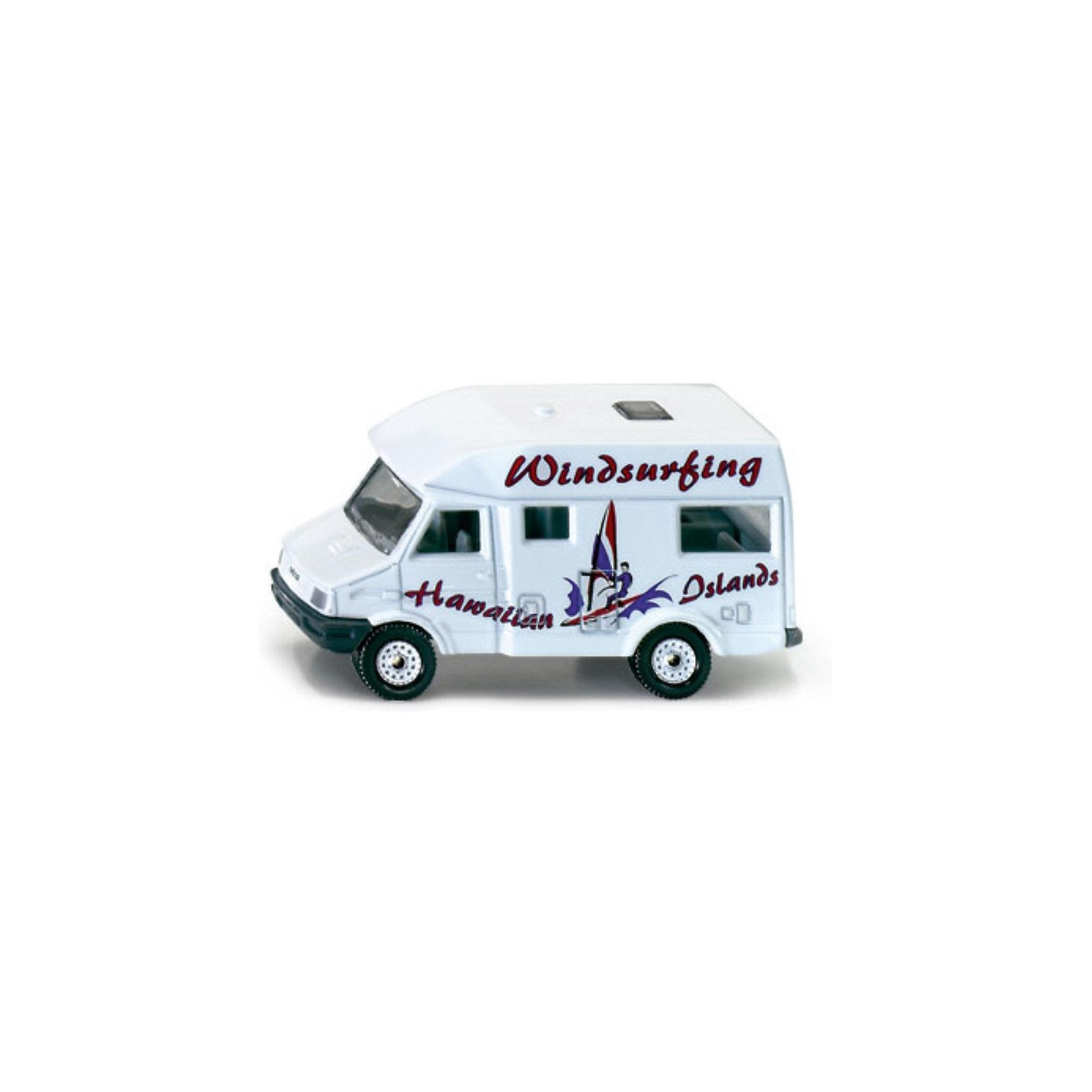 SIKU 1022 Жилой фургонИгрушечная модель SIKU 1022 Жилой фургон.  Корпус игрушки выполнен из металла, лобовое, заднее и боковые стёкла из прозрачной пластмассы, колёса выполнены из пластика и вращаются, можно катать.<br><br>Игрушечные модели SIKU уже более 50 лет отличаются высоким качеством и безопасностью. Они имеют сертификаты T?V и GS, изготавливаются в соответствии с актуальными предписаниями по безопасности и отмечены знаком SPIEL GUT. Игрушки не предназначены для детей младше 36 месяцев, так как содержат мелкие детали, которые могут быть проглочены.<br><br>Д/Ш/В: 78x32x40 мм<br><br>+++Примечание+++<br>Фирма SIKU оставляет за собой право на изменение цвета и технических характеристик моделей. При демонстрации новинок в ряде случаев используются оригинальные фотографии и прототипы. Поставляемая модель может отличаться от представленной на фотографии.<br><br>Ширина мм: 94<br>Глубина мм: 78<br>Высота мм: 35<br>Вес г: 67<br>Возраст от месяцев: 36<br>Возраст до месяцев: 96<br>Пол: Мужской<br>Возраст: Детский<br>SKU: 1503777