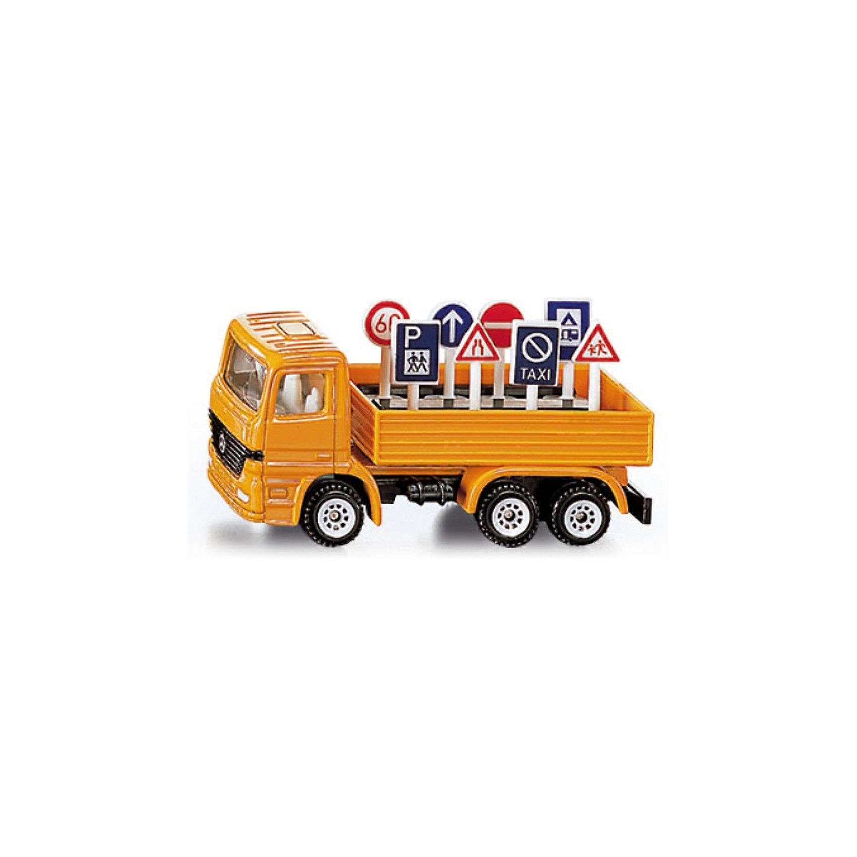 SIKU 1322 Грузовик с дорожными знакамиКоврики и дорожные знаки<br>Игрушечная модель грузовика с дорожными знаками в кузове имеет  кабину и шасси из металла, лобовое стекло и боковые стёкла из прозрачного пластика. Кузов грузовика не поднимается и сделан из пластмассы. Пластиковые колёса вращаются и позволяют катать машинку. Дорожные знаки (8 шт.) выполнены из пластика и вынимаются из кузова.<br><br>Дополнительная информация:<br><br>Размеры (Д/Ш/В): 7,7 см x 2,9 см x 3,2 см<br><br>SIKU 1322 Грузовик с дорожными знаками можно купить в нашем магазине.<br><br>Ширина мм: 96<br>Глубина мм: 78<br>Высота мм: 32<br>Вес г: 54<br>Возраст от месяцев: 36<br>Возраст до месяцев: 96<br>Пол: Мужской<br>Возраст: Детский<br>SKU: 1503785