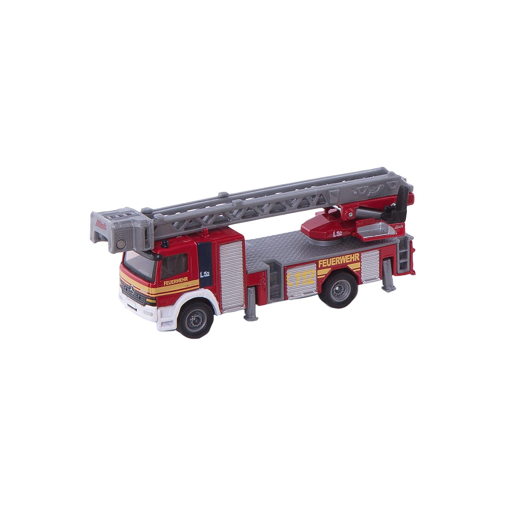 SIKU 1841 Пожарная машина с лестницей 1:87SIKU (СИКУ) 1841 Пожарная машина с лестницей 1:87<br><br>Корпус выполнен из металла, лобовое и боковые стёкла из прозрачной пластмассы, колёса выполнены из резины и вращаются, можно катать. Пожарная стрела с люлькой выдвигается, поднимается и поворачивается, боковые опоры выдвигаются и опускаются.<br><br>Дополнительная информация:<br>-Материал: металл с элементами пластмассы<br>-Размер игрушки: 11,5 x 2,8 x 3,8 см<br><br>Реалистичный дизайн и множество подвижных функциональных деталей-разнообразные варианты игры гарантированы.<br><br>SIKU (СИКУ) 1841 Пожарную машину с лестницей 1:87 можно купить в нашем магазине.<br><br>Ширина мм: 159<br>Глубина мм: 55<br>Высота мм: 78<br>Вес г: 146<br>Возраст от месяцев: 36<br>Возраст до месяцев: 96<br>Пол: Мужской<br>Возраст: Детский<br>SKU: 1503801