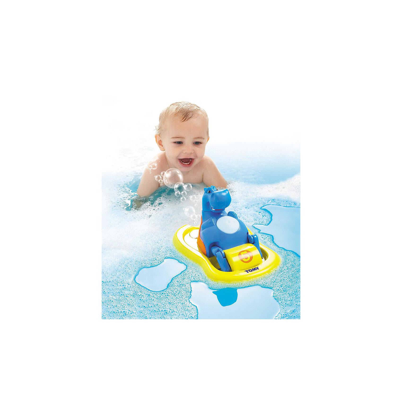Игрушка для ванной «Бегемотик на катамаране», TOMYДинамические игрушки<br>Игрушка для ванной «Бегемотик на катамаране» из серии AQUA FUN известного бренда TOMY - это забавная игрушка для купания, которая подойдет и младенцам, и маленьким детям. <br><br>Малыш никогда не получал столько удовольствия от купания – великолепная игрушка в виде улыбающегося бегемотика на жёлтом катамаране развеселит каждого малыша во время водных процедур!<br><br>Инструкция совершенно проста. У игрушки есть специальное отверстие, куда нужно залить пену или мыльный раствор. Животик бегемота представлен в виде большой голубой кнопки. Нажав на неё, бегемотик начинает плавать в ванне на катамаране и даже напевать при этом задорнейшую песенку! Остановить его движение и музыкальное сопровождение можно также с помощью кнопки на животе бегемота. И это ещё не всё! Двигаясь по воде, из катамарана будут вылетать мыльные пузыри –  ну разве Ваш малыш останется равнодушным после этого?<br><br>Во время игры с бегемотиком, ваш ребёнок не только получает неописуемое удовольствие, но также непосредственно развивает важнейшие навыки. У малыша развивается моторика, логика и координация. <br><br>Никогда ещё купание Вашего малыша не было таким весёлым и полезным!<br><br>Дополнительная информация:<br>Материал: пластмасса<br>Размер (д/ш/в): 25 х 18,3 х 15,4 см<br>Вес: 0,52 кг<br>Батарейки: 3 щелочные батарейки Миньон типа LR06/AA (входят в комплект)<br><br>Рекомендуем сразу купить запасные батарейки - чтобы продлить удовольствие!<br><br>Ширина мм: 222<br>Глубина мм: 213<br>Высота мм: 134<br>Вес г: 527<br>Возраст от месяцев: 12<br>Возраст до месяцев: 48<br>Пол: Унисекс<br>Возраст: Детский<br>SKU: 1602936