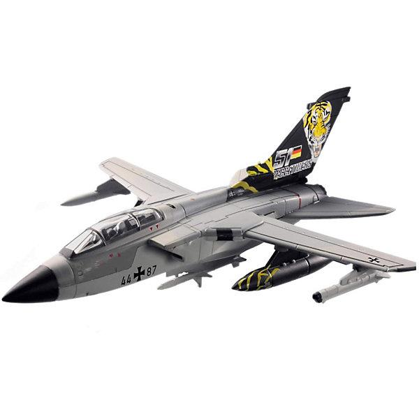 Сборка самолет Tornado (1/100)Самолеты и вертолеты<br>Характеристики товара:<br><br>• возраст: от 6 лет;<br>• масштаб: 1:100;<br>• количество деталей: 20 шт;<br>• материал: пластик; <br>• клей и краски в комплект не входят;<br>• габариты модели: 16,7х14 см;<br>• бренд, страна бренда: Revell (Ревел),Германия;<br>• страна-изготовитель: Польша.<br><br>Сборная модель «Самолет Tornado» поможет вам и вашему ребенку придумать увлекательное занятие на долгое время и получить игрушку в виде настоящего военного самолета. Немецкий истребитель-бомбардировщик Tornado IDS является одним из основных самолетов НАТО.<br><br>Набор включает в себя 20 пластиковых элементов и подробную инструкцию. Все детали предварительно окрашены, а сама модель собирается без клея, при помощи специальных зажимов. Готовый истребитель украсит стол или книжную полку ребенка. <br><br>Процесс сборки развивает интеллектуальные и инструментальные способности, воображение и конструктивное мышление, а также прививает практические навыки работы со схемами и чертежами. <br><br>Сборную модель «Самолет Tornado», 20 дет., Revell (Ревел) можно купить в нашем интернет-магазине.<br>Ширина мм: 243; Глубина мм: 158; Высота мм: 42; Вес г: 255; Возраст от месяцев: 72; Возраст до месяцев: 1164; Пол: Мужской; Возраст: Детский; SKU: 1604146;