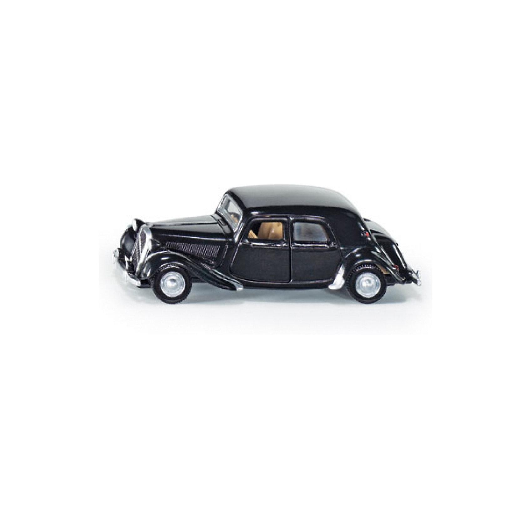 SIKU 1471 Citroen Traction AvantTraction Avant, всемирно известный как гангстерский ситроен – это вторая историческая модель автомобиля в ассортименте металлических моделей SIKU. Модель окрашена в классический черный цвет. Внешний вид оригинала передан безупречно. Разумеется, двери модели открываются против движения.<br><br>Игрушечные модели SIKU уже более 50 лет отличаются высоким качеством и безопасностью. Они имеют сертификаты T?V и GS, изготавливаются в соответствии с актуальными предписаниями по безопасности и отмечены знаком SPIEL GUT. Игрушки не предназначены для детей младше 36 месяцев, так как содержат мелкие детали, которые могут быть проглочены.<br><br>Д/Ш/В: 85x33x27 мм<br><br>+++Примечание+++<br>Фирма SIKU оставляет за собой право на изменение цвета и технических характеристик моделей. При демонстрации новинок в ряде случаев используются оригинальные фотографии и прототипы. Поставляемая модель может отличаться от представленной на фотографии.<br><br>Ширина мм: 97<br>Глубина мм: 80<br>Высота мм: 38<br>Вес г: 59<br>Возраст от месяцев: 36<br>Возраст до месяцев: 96<br>Пол: Мужской<br>Возраст: Детский<br>SKU: 1636695
