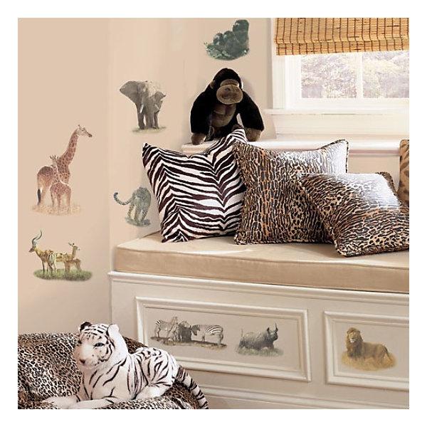 Наклейки для декора СафариДетские предметы интерьера<br>Наклейки для декора Сафари от знаменитого производителя RoomMates станут украшением вашей квартиры! Украсьте комнату реалистичными изображениями обитателей сафари с новым восхитительным набором наклеек для декора! Наклейки, входящие в набор, содержат изображения леопарда, зебры, антилопы, льва, слона, гориллы, носорога и других диких животных. Набор содержит 19 стикеров, прекрасно подходит для спальни, ванной, классной комнаты. Наклейки не нужно вырезать - их следует просто отсоединить от защитного слоя и поместить на стену или любую другую плоскую гладкую поверхность. Наклейки многоразовые: их легко переклеивать и снимать со стены, они не оставляют липких следов на поверхности. Все наклейки могут быть использованы много раз, при переклейке не портят и не пачкают поверхность. Очень просты в использовании, наклеить их сможет даже ребенок! В каждой индивидуальной упаковке Вы можете найти 4 листа с различными наклейками! Таким образом, покупая наклейки фирмы RoomMates, Вы получаете гораздо больший ассортимент наклеек, имея возможность украсить ими различные поверхности в доме.<br>Ширина мм: 274; Глубина мм: 123; Высота мм: 25; Вес г: 163; Возраст от месяцев: 0; Возраст до месяцев: 144; Пол: Унисекс; Возраст: Детский; SKU: 1715050;