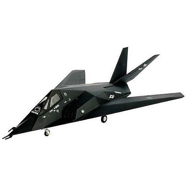 Истребитель F-117 StealthМодели для склеивания<br>Характеристики товара:<br><br>• возраст: от 10 лет;<br>• масштаб: 1:144;<br>• количество деталей: 36 шт;<br>• материал: пластик; <br>• клей и краски в комплект не входят;<br>• длина модели: 9,4 см;<br>• размах крыльев: 5,2 см;<br>• бренд, страна бренда: Revell (Ревел), Германия;<br>• страна-изготовитель: Польша.<br><br>Набор для сборки «Истребитель F-117 Stealth» поможет вам и вашему ребенку придумать увлекательное занятие на долгое время и весело провести свой досуг. Модель является точной копией истребителя-одноместного дозвукового тактического малозаметного ударного самолёта американской фирмы Lockheed Martin, предназначенного для скрытного проникновения через систему ПВО противника и атак стратегически важных наземных объектов военной инфраструктуры (ракетные базы, аэродромы, центры управления и связи и т. п.).<br><br>В набор входят 36 пластиковых деталей, которые помогут воссоздать истребитель. Детали можно собрать и без помощи клея, на защелки, согласно инструкции. Готовый истребитель украсит стол или книжную полку ребенка. Краски и клей в комплект не входят.<br><br>Процесс сборки развивает интеллектуальные и инструментальные способности, воображение и конструктивное мышление, а также прививает практические навыки работы со схемами и чертежами. <br><br>Набор для сборки «Истребитель F-117 Stealth», 36 дет., Revell (Ревел) можно купить в нашем интернет-магазине.<br><br>Ширина мм: 207<br>Глубина мм: 132<br>Высота мм: 34<br>Вес г: 80<br>Возраст от месяцев: -2147483648<br>Возраст до месяцев: 2147483647<br>Пол: Унисекс<br>Возраст: Детский<br>SKU: 1772801