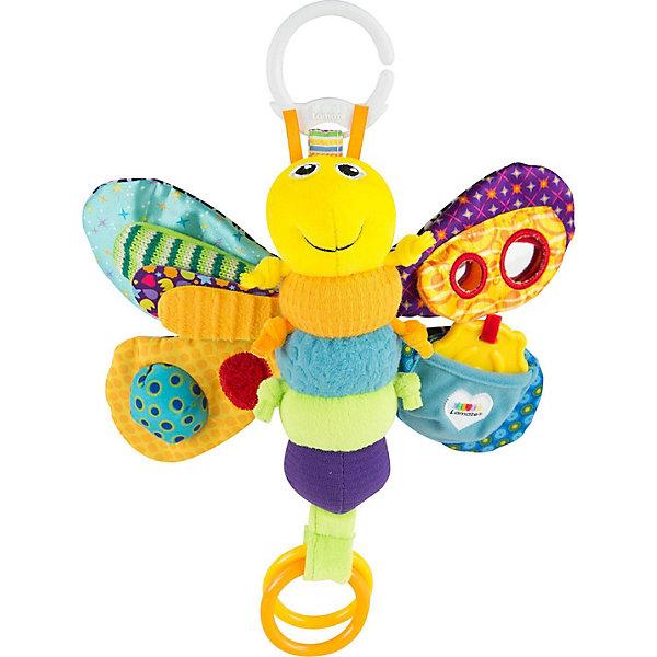Игрушка Светлячок Фредди, LamazeИгрушки для новорожденных<br>Яркая игрушка для самых маленьких обязательно полюбится крохе. Светлячок выполнен из разноцветных материалов различной фактуры, что позволяет развивать мелкую моторику, сенсорное и цветовое восприятие. Подвижные крылышки игрушки шуршат и пищат, привлекая внимание ребенка. На одном из крылышек есть безопасное зеркало, на другом - замечательная божья коровка - прорезыватель. Сверху и снизу есть колечки, за которые светлячка можно подвесить к кроватке, коляске или манежу, также за них  к нему можно присоединить любые другие игрушки или же использовать в виде прорезывателя для зубов.  Выполненный из безопасных гипоаллергенных материалов этот светлячок станет прекрасным подарком для любого крохи.<br><br>Дополнительная информация:<br><br>- Материал: пластик, текстиль.<br>- Размер: 23х30х8 см.<br>- Цвет: разноцветный.<br>- Звуковые эффекты: пищалка.<br><br>Игрушку Светлячок Фредди, Lamaze можно купить в нашем магазине.<br>Ширина мм: 310; Глубина мм: 162; Высота мм: 81; Вес г: 131; Возраст от месяцев: 0; Возраст до месяцев: 12; Пол: Унисекс; Возраст: Детский; SKU: 1860555;