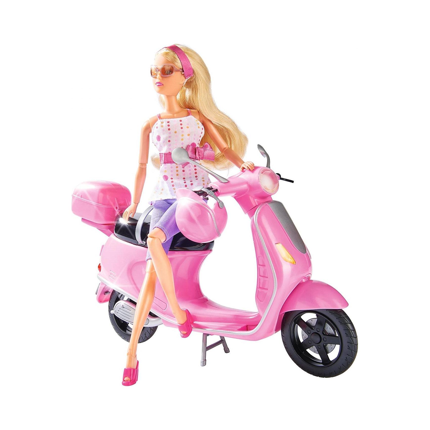 Simba             Штеффи на скутере, 6/12Коляски и транспорт для кукол<br>Simba Штеффи на скутере -  Штеффи (Steffi)  приобрела себе красивый розовый скутер, который идеально подходит для обзорных экскурсий по городу, и конечно же, шлем, чтобы путешествие было по-настоящему безопасным.<br>Штеффи обожает скорость и ведет активный образ жизни. Поэтому без скутера ей никак не обойтись.<br>У скутера есть сзади специальный отсек, куда можно убрать шлем в конце прогулки.<br><br>Дополнительная информация:<br><br>-  В набор входит: кукла с аксессуарами, скутер, шлем.<br>- Высота Штеффи: 29 см.<br>- Материалы: текстиль, пластмасса.<br>- Размеры упаковки: ширина: 32 см.; высота: 11 см.; глубина: 32.5 см.<br>-  Вес: 1 кг.<br><br>Отличный игровой набор, который наверняка понравится вашему ребенку! Игрушка развивает воображение, фантазию и творческие способности.<br><br>Купить игрушку можно в нашем магазине.<br><br>Ширина мм: 335<br>Глубина мм: 330<br>Высота мм: 121<br>Вес г: 662<br>Возраст от месяцев: 36<br>Возраст до месяцев: 72<br>Пол: Женский<br>Возраст: Детский<br>SKU: 1987254