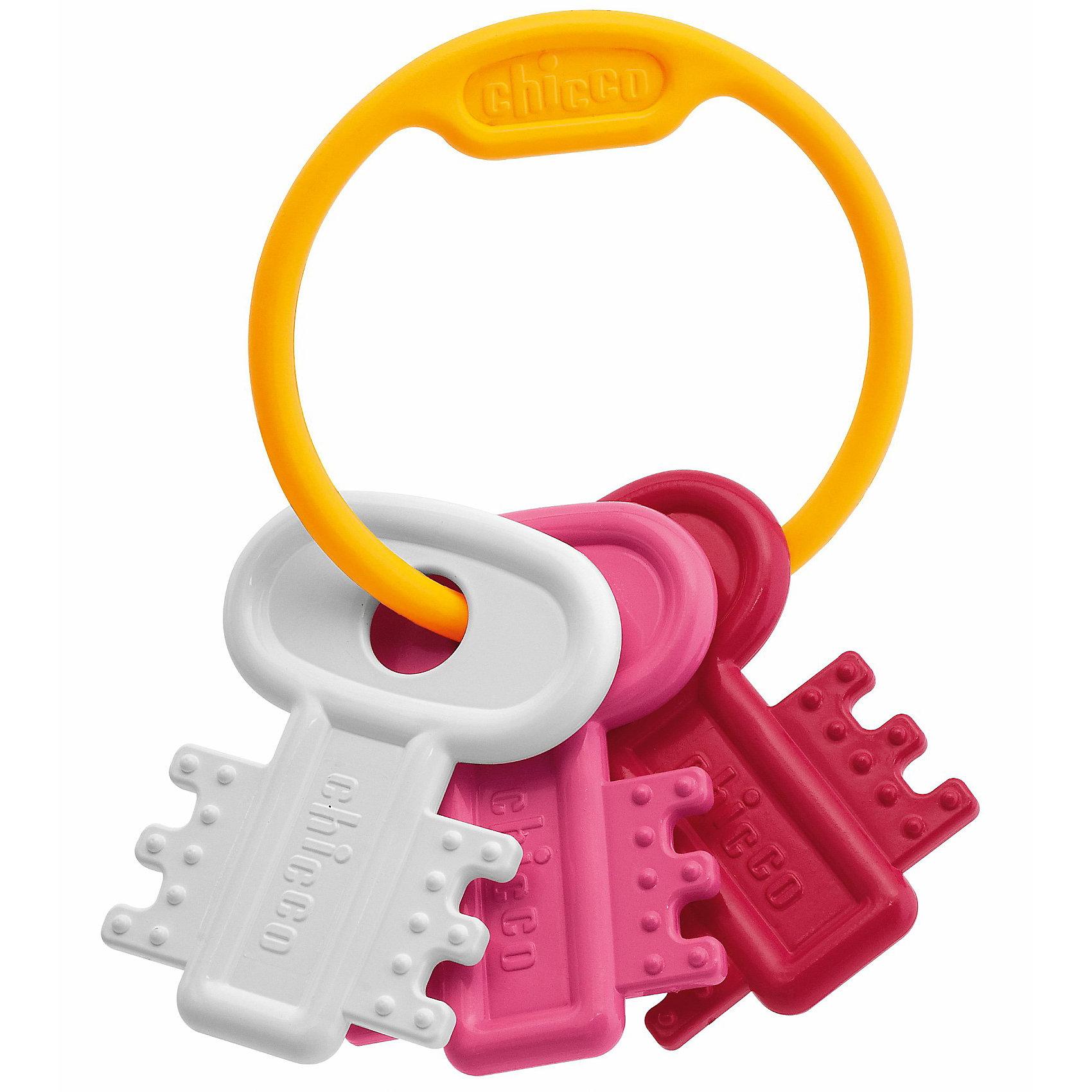 Погремушка Ключи на кольце, розовая, ChiccoПогремушки<br>Погремушка Ключи на кольце, розовая, Chicco (Чико) – эта забавная погремушка-прорезыватель привлечет внимание вашего малыша.<br>Погремушку легко держать, она идеальна для периода прорезывания зубов благодаря рельефным выступам на поверхности. При малейшем движении погремушка издает звук. Перебирая ключики, малыш получит удовольствие от тактильного контакта, а сами ключики будут воздействовать на нервные окончания в его пальчиках, стимулируя, таким образом, работу мозга.<br><br>Дополнительная информация:<br><br>- Цвет: розовый, красный, белый<br>- Материал: высококачественный полипропилен<br>- Размер упаковки: 21,5 х 15 x 3 см.<br><br>Погремушку Ключи на кольце, розовую, Chicco (Чико) можно купить в нашем интернет-магазине.<br><br>Ширина мм: 214<br>Глубина мм: 152<br>Высота мм: 32<br>Вес г: 72<br>Возраст от месяцев: 3<br>Возраст до месяцев: 12<br>Пол: Женский<br>Возраст: Детский<br>SKU: 2009693