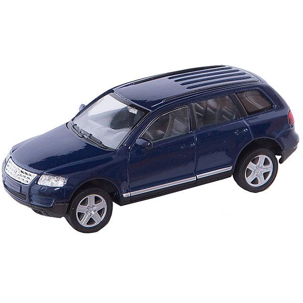 Модель машины 1:31 VW TOUAREG, WellyМашинки<br>Модель машины VW Touareg, Welly (Велли) станет замечательным подарком для автолюбителей и коллекционеров всех возрастов. В коллекции масштабных моделей Welly представлено все многообразие автотехники: ретро-автомобили, легковые автомобили различных марок, грузовики, автомобили городских служб и многое другое. Все машинки отличаются высокой степенью детализации и тщательной проработкой всех элементов.<br><br>Машинка VW Touareg представляет собой точную копию настоящего автомобиля в масштабе 1:31. Внедорожник Volkswagen Touareg первого поколения дебютировал в 2002 году и сочетает в себе комфорт, динамику и высокие качества внедорожника. Модель от Welly оснащена прочными стеклами и зеркалами заднего вида, интерьер салона и органы управления тщательно проработаны. Передние двери открываются, руль не вращается. Автомобиль снабжен инерционным механизмом, ускоряется при толчке. Корпус модели выполнен из металла,<br>а отделка салона и декоративные элементы из пластика.<br><br>Дополнительная информация:<br><br>- Материал: металл, пластик, колеса прорезиненные.<br>- Масштаб: 1:31.<br>- Размер модели: 5 х 14 х 5 см. <br>- Размер упаковки: 8 х 18 х 8 см.<br>- Вес: 0,3 кг. <br><br>Модель машины VW Touareg, Welly можно купить в нашем интернет-магазине.<br><br>Ширина мм: 180<br>Глубина мм: 80<br>Высота мм: 80<br>Вес г: 321<br>Возраст от месяцев: 36<br>Возраст до месяцев: 192<br>Пол: Мужской<br>Возраст: Детский<br>SKU: 2150111