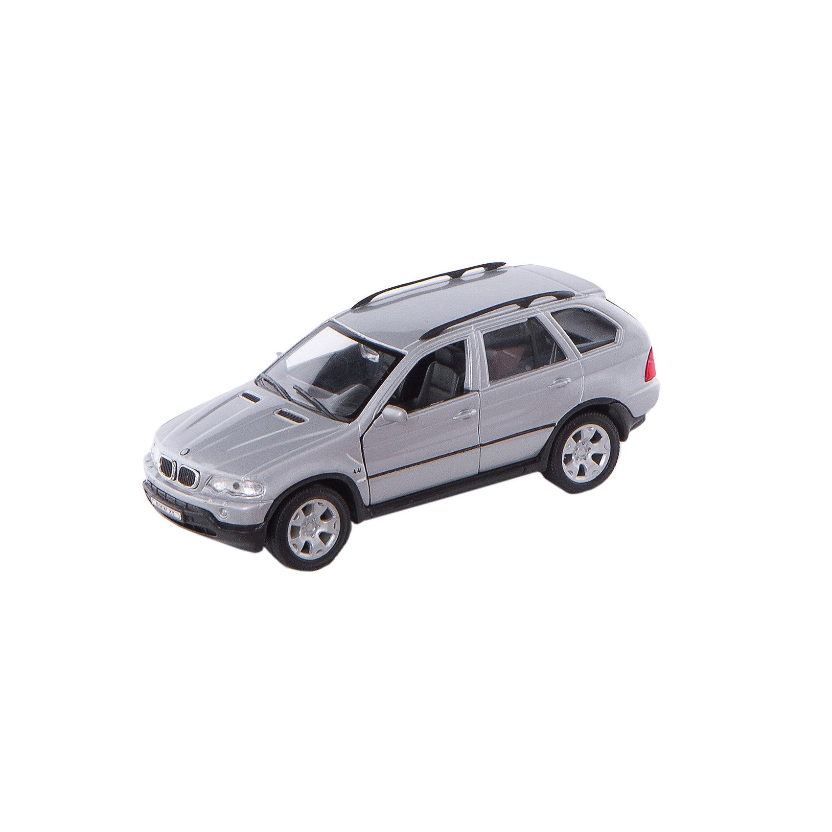 Модель машины 1:31 BMW X5, WellyМодель машины BMW X5, Welly (Велли) станет замечательным подарком для автолюбителей и коллекционеров всех возрастов. В коллекции масштабных моделей Welly представлено все многообразие автотехники: ретро-автомобили, легковые автомобили различных марок, грузовики, автомобили городских служб и многое другое. Все машинки отличаются высокой степенью детализации и тщательной проработкой всех элементов.<br><br>Машинка BMW X5 представляет собой точную копию настоящего автомобиля в масштабе 1:31. Впервые внедорожник BMW X5 была представлен в 1999 году на автосалоне в Детройте, автомобиль сочетает в себе комфорт, динамику и высокие качества внедорожника. Модель от Welly оснащена прочными стеклами и зеркалами заднего вида, интерьер салона и органы управления тщательно проработаны. Передние двери открываются, руль не вращается. Автомобиль снабжен инерционным механизмом, ускоряется при толчке. Корпус модели выполнен из металла, а отделка салона и декоративные элементы из пластика.<br><br>Дополнительная информация:<br><br>- Материал: металл, пластик, колеса прорезиненные.<br>- Масштаб: 1:31.<br>- Размер модели: 4 х 14 х 5 см. <br>- Размер упаковки: 8 х 18 х 8 см.<br>- Вес: 0,3 кг. <br><br>Модель машины BMW X5, Welly можно купить в нашем интернет-магазине.<br><br>Ширина мм: 185<br>Глубина мм: 80<br>Высота мм: 80<br>Вес г: 310<br>Возраст от месяцев: 36<br>Возраст до месяцев: 192<br>Пол: Мужской<br>Возраст: Детский<br>SKU: 2150113