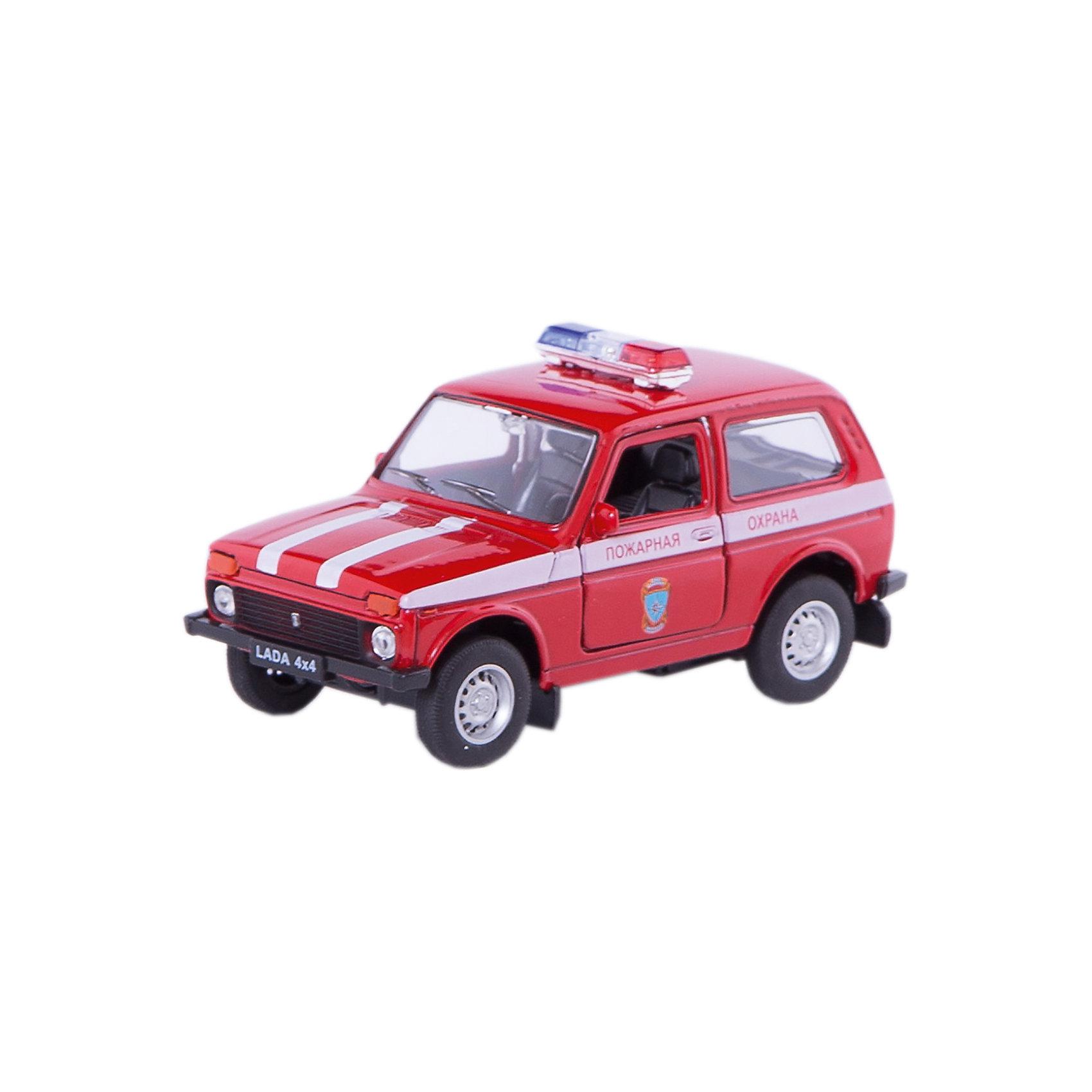 Welly Модель машины 1:34-39 LADA Пожарная охранаКоллекционные модели<br>Характеристики модели машины 1:34-39 LADA Пожарная охрана: <br><br>- возраст: от 3 лет<br>- пол: для мальчиков<br>- модель: Lada 4*4.<br>- цвет: красный.<br>- масштаб: 1:34-39.<br>- материал: металл, пластик. <br>- бренд: Welly<br><br>Коллекционная модель Lada 4x4 - Пожарная охрана представляет собой точную копию оригинального внедорожника Нива, выполненную в красном цвете пожарной охраны в масштабе 1:34-39. Игрушка изготовлена из высококачественного металла и пластика и абсолютно безопасна для здоровья. Машинка снабжена инерционным двигателем, благодаря которому она может ездить вперед, ее двери открываются, обнажая взору проработанный пластиковый салон. Вашему ребенку обязательно понравится играть с металлической машинкой Lada 4x4 - Пожарная охрана, и он будет без устали играть с ней, представляя себя спасателем, отправившимся на экстренный вызов. <br><br>Модель машины LADA Пожарная охрана торговой марки Welly можно купить в нашем интернет-магазине.<br><br>Ширина мм: 150<br>Глубина мм: 60<br>Высота мм: 120<br>Вес г: 179<br>Возраст от месяцев: 84<br>Возраст до месяцев: 1188<br>Пол: Мужской<br>Возраст: Детский<br>SKU: 2150211