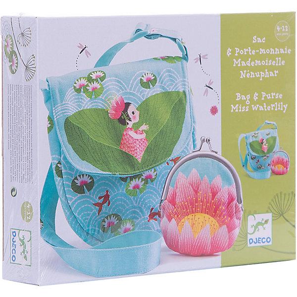 DJECO Набор сумка и кошелек КувшинкаСумки и рюкзаки<br>Набор DJECO (Джеко) , состоящий из сумочки и кошелька в голубых тонах, станут отличным подарком для Вашей девочки. В нарядную сумочку, украшенную изображением кувшинок, можно положить все необходимые вещи и взять ее с собой на прогулку, в поездку, в гости. Стильные сумочка и кошелек станут замечательным аксессуаром и дополнят наряд маленькой модницы.<br>Сумка  с ручкой-лямкой, застегивается на липучку, кошелечек застегивается на металлический замочек.<br><br>Дополнительная информация:<br><br>- Материал:100% плотный хлопок, подкладка - хлопок.<br>- Размер упаковки: 3х 20 х 15 см.<br>- Вес: 0,35 кг.<br><br>Набор сумка и кошелек Кувшинка DJECO (Джеко) можно купить в нашем магазине.<br><br>Ширина мм: 170<br>Глубина мм: 40<br>Высота мм: 220<br>Вес г: 300<br>Возраст от месяцев: 48<br>Возраст до месяцев: 144<br>Пол: Женский<br>Возраст: Детский<br>SKU: 2199997