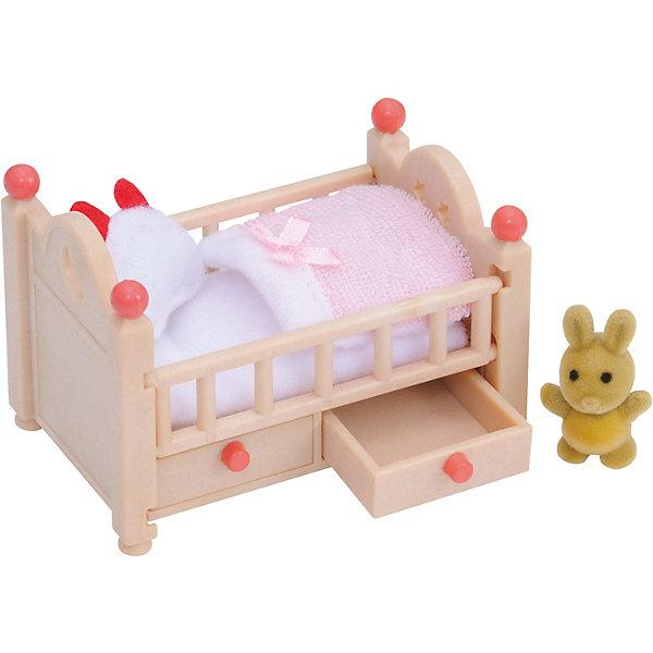 Набор Детская кроватка Sylvanian FamiliesSylvanian Families<br>Набор Детская кроватка от Sylvanian Families (Сильваниан Фалимиес) выполнена очень реалистично,  Ваш ребенок сможет проявить заботу о своем подопечном.  И малышу  из лесной семейки так будет уютно здесь спать.<br>У кроватки по бокам бортики, снизу – выдвижные ящички для белья. Постельное белье выдержано в спокойных светло – розовых тонах.<br> Пусть ваш ребенок споет колыбельную игрушечной зверушке, так он научится дарить окружающим тепло.<br><br>Размер упаковки: 6 *12,5 *7,5 см<br>Материал: текстиль, ПВХ с полимерным наполнением, пластмасса.<br><br>Ширина мм: 128<br>Глубина мм: 96<br>Высота мм: 63<br>Вес г: 69<br>Возраст от месяцев: 36<br>Возраст до месяцев: 72<br>Пол: Женский<br>Возраст: Детский<br>SKU: 2226653