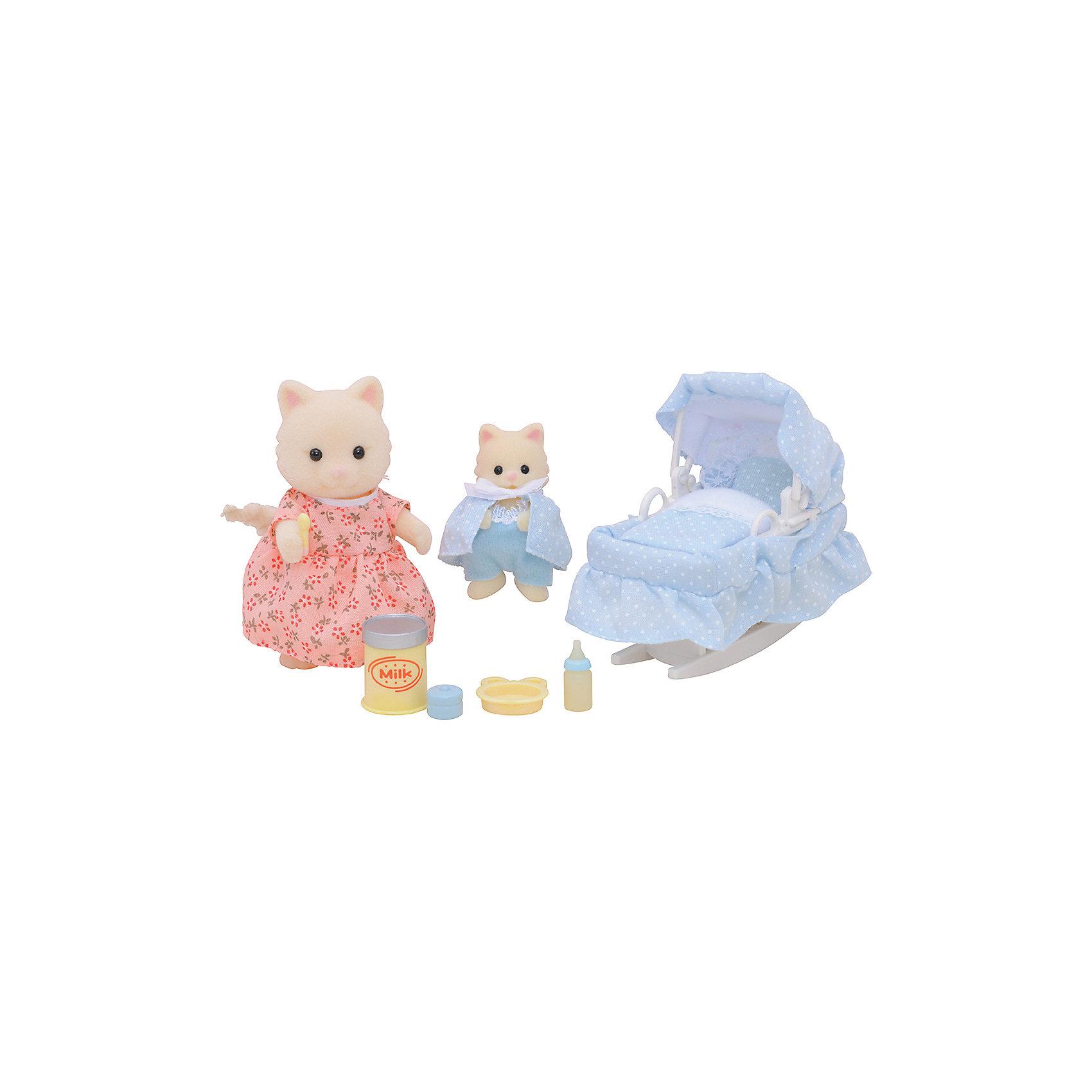 Набор Мама с малышом и колыбелькой Sylvanian FamiliesМама с малышом и колыбелькой от Sylvanian Families. <br><br>Мама-кошечка заботится о своём малыше и старается, чтобы его сон ничего не потревожило. Поэтому она одевает малыша в нарядную пижамку и укладывает спать в уютную колыбельку. <br><br>Мама-кошечка одета в розовое платье, сама кошечка белого цвета. Пушистый и длинный хвостик гнётся в разные стороны. Ручки, ножки и голова двигаются. <br><br>На котёнке комбинезон и светло-голубая накидка. Одежду можно легко снять и надеть снова. <br><br>Колыбель состоит из постельных принадлежностей и подставки, чтобы колыбель можно было качать. <br><br>Мама-кошка также может кормить своего малыша, потому что в набор входят детские столовые приборы, молоко и другие аксессуары. <br><br>Дополнительная информация:<br><br>В набор входят:<br><br>- мама-кошка (8 см);<br>- котёнок (5 см);<br>- колыбель;<br>- одеяло и матрас;<br>- бутылочка;<br>- тарелочка;<br>- банка молока;<br>- ложка. <br><br>Размер упаковки (д/ш/в): 20 х 15 х 5,5 см. <br><br>Материал: текстиль, ПВХ с полимерным напылением, пластмасса.<br><br>Этот набор обязательно порадует Вашего ребёнка, ведь теперь он сможет разыгрывать сценки из собственной жизни! Набор также способствует развитию фантазии и навыков общения.<br><br>Ширина мм: 203<br>Глубина мм: 172<br>Высота мм: 66<br>Вес г: 136<br>Возраст от месяцев: 36<br>Возраст до месяцев: 72<br>Пол: Женский<br>Возраст: Детский<br>SKU: 2226655