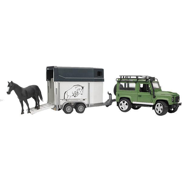 Внедорожник Land Rover с прицепом-коневозкой и лошадью,  BruderМашинки<br>Внедорожник Land Rover Defender Bruder (Брудер) с прицепом-коневозкой и лошадью станет замечательным подарком для Вашего ребенка.<br><br>Особенности автомобиля: управлять машиной можно изнутри кабины или снаружи - через раздвижную крышу с помощью вставного рулевого стержня. Кабина оснащена рулем, который вращается и управляет передними колесами. Задние сиденья съемные, капот можно открыть и зафиксировать, под капотом декоративный двигатель.<br><br>К джипу подцепляется фургон для перевозки животных. В прицепе открывается передняя дверца для пассажира, задняя дверь откидывается и трансформируется в трап для лошадки. Прицеп можно отсоединять, к внедорожнику можно подцеплять другую технику Брудер.<br> <br>Дополнительная информация:<br><br>- В комплекте: внедорожник, рулевой стержень, прицеп-коневозка, лошадка (бывает трёх расцветок)<br>- Материал: ударопрочная пластмасса, металл, резина. <br>- Размер: длина джипа - 28 см, высота - 15 см; длина коневозки - 23 см, высота - 18 см; размер лошадки - 15 см.<br>- Размер игрушки: 14 х 61,5 х 18,5 см.<br>- Размер упаковки: 18 х 67 х 22,5 см.<br>- Вес: 1,57 кг.<br><br>Внедорожник Land Rover Defender с прицепом-коневозкой и лошадью Bruder можно купить в нашем интернет-магазине.<br><br>Ширина мм: 677<br>Глубина мм: 226<br>Высота мм: 180<br>Вес г: 1535<br>Возраст от месяцев: 36<br>Возраст до месяцев: 96<br>Пол: Мужской<br>Возраст: Детский<br>SKU: 2238047