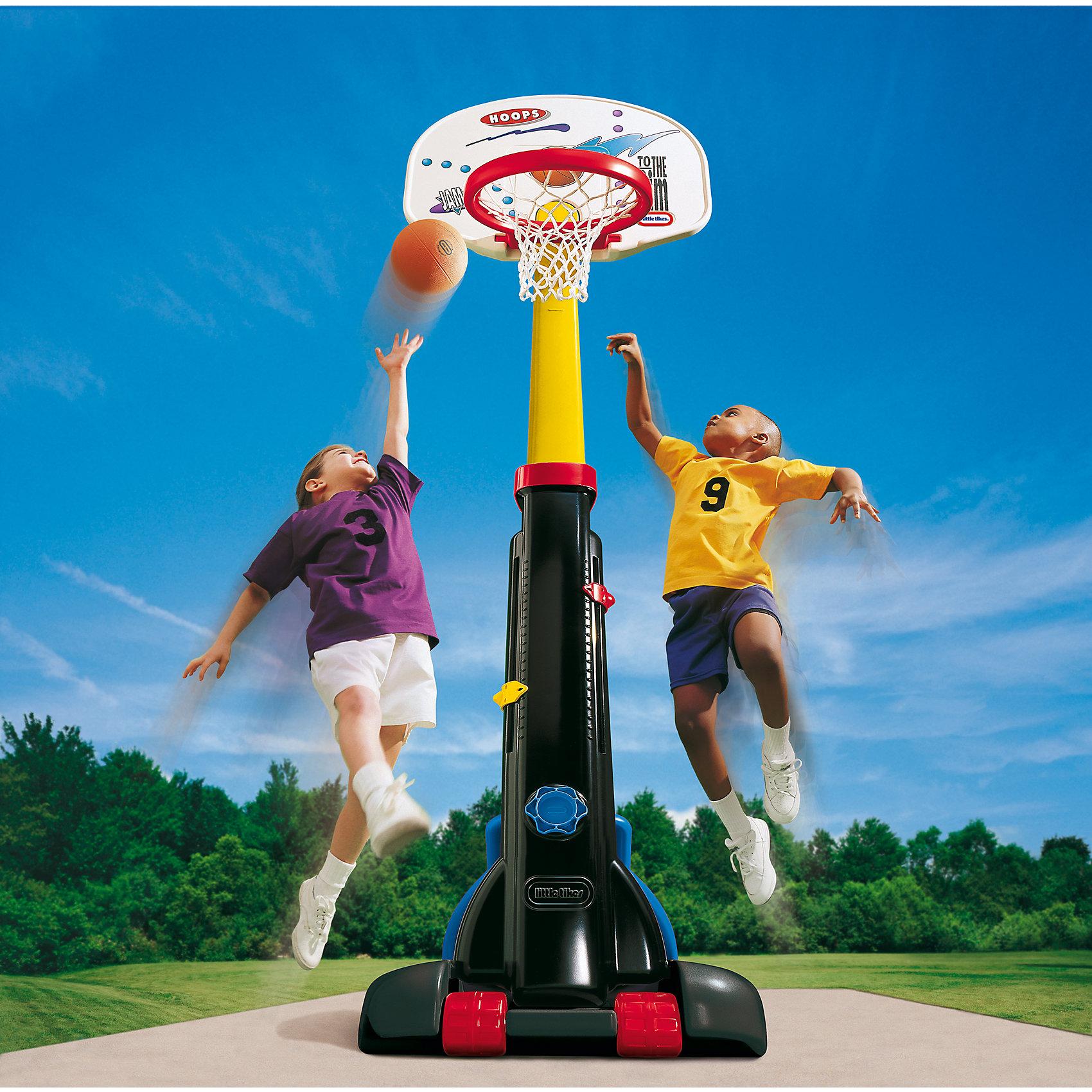 Little tikes Баскетбольный щит раздвижнойИгровые наборы<br>Баскетбольный щит с 5-ю регулировками высоты от 150 до 210 см, <br>он будет расти вместе с вашим ребенком и послужит отличным <br>развлечением на протяжении нескольких лет. По окончании дачного <br>сезона, щит можно сложить до компактных размеров и убрать, <br>удобные колеса облегчат вам его перенос.<br>В комплекте со щитом продается мяч, имитирующий настоящий <br>баскетбольный, но меньше по размеру и значительно мягче, что <br>идеально подходит для детей, т.к. не может  травмировать их в <br>процессе игры.<br><br>При изготовлении щита применяется метод центробежного литья, <br>что позволяет сделать его ударопрочным  и устойчивым к перепадам <br>температур. Выдерживает температуру до -18?С<br><br>Щит предназначен для детей от 3-х лет<br>Размеры щита 74 х 81 х 260 см (длина, ширина, высота)<br>Размеры упаковки: 60 х 28 х 123 см<br>Вес упаковки: 13,06кг<br><br>Ширина мм: 1250<br>Глубина мм: 280<br>Высота мм: 600<br>Вес г: 12000<br>Возраст от месяцев: 36<br>Возраст до месяцев: 96<br>Пол: Унисекс<br>Возраст: Детский<br>SKU: 2269292