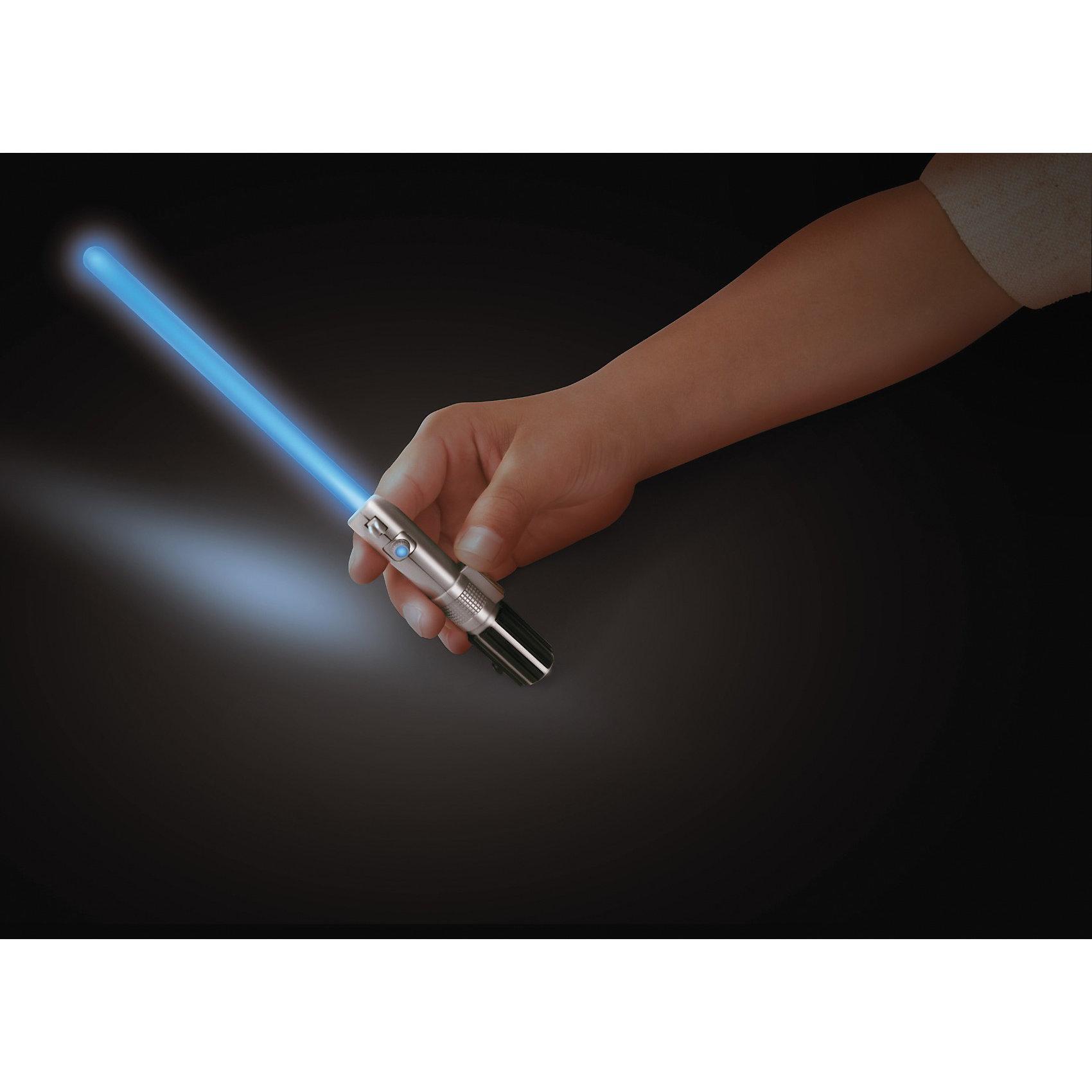 Мини-световой меч (2 сменные линзы, 4 кристалла), Звёздные войныИгрушечное оружие<br>Мини-световой меч (2 сменные линзы, 4 кристалла), Звёздные войны – этот мини-меч будет с восторгом встречен ценителем знаменитой саги.<br>Игрушка Star Wars Мини-световой меч непременно понравится любому поклоннику Звездных войн. Меч, выполненный из пластика, собирается из нескольких элементов. В комплекте Вы найдёте фокусировочную и широкоугольную оптические линзы, позволяющие менять направленность лучей, а также 4 сменных цветных кристалла позволяющих выбрать, на чьей стороне ребенок будет сражаться в этот раз - Джедаев или Ситхов. Дизайн рукоятки копирует световой меч Энакина Скайуокера.<br><br>Дополнительная информация:<br><br>- В наборе: детали меча, 2 вида сменных линз, 4 кристалла<br>- Цвета меча: красный, фиолетовый, синий, зеленый.<br>- Размер меча: 21,6 x 1,7 x 1,7 см..<br>- Материал: пластик<br>- Батарейки: 3 типа AG5 (LR48) (входят в комплект)<br>- Размер упаковки: 25 х 18 х 4 см.<br>- Вес: 150 гр.<br><br>Мини-световой меч (2 сменные линзы, 4 кристалла), Звёздные войны можно купить в нашем интернет-магазине.<br><br>Ширина мм: 257<br>Глубина мм: 180<br>Высота мм: 43<br>Вес г: 112<br>Возраст от месяцев: 36<br>Возраст до месяцев: 96<br>Пол: Мужской<br>Возраст: Детский<br>SKU: 2283435