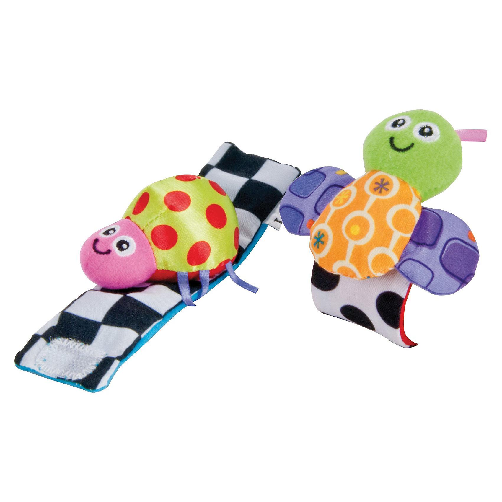 Погремушка-браслет, LamazeЯркий контрастный браслет не только оригинальная игрушка. Он стимулирует психическое и физическое развитие малыша. Выполнен из разноцветных материалов различной фактуры, что позволяет развивать мелкую моторику, сенсорное и цветовое восприятие. Браслет изготовлен из высококачественных материалов безопасных для детей.<br><br>Дополнительная информация:<br><br>- Материал: текстиль.<br>- Размер: 7 x 15 x 3 см<br>- Цвет: разноцветный.<br>- Звуковые эффекты: погремушка.<br>- Застежка: липучка.<br>- Комплектация: 2 браслета. <br><br>Погремушку-браслет, Lamaze можно купить в нашем магазине.<br><br>Ширина мм: 152<br>Глубина мм: 147<br>Высота мм: 48<br>Вес г: 36<br>Возраст от месяцев: 3<br>Возраст до месяцев: 10<br>Пол: Унисекс<br>Возраст: Детский<br>SKU: 2311213