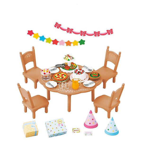 Набор Вечеринка Sylvanian FamiliesSylvanian Families<br>Набор для вечеринки от Sylvanian Families (Сильваниан Фэмилиес). <br><br>Жители Сильвании с радостью празднуют дни рождения! Все малыши ждут этого праздника, ведь день рождения - это не только вкусный торт, но и весёлая вечеринка. Все гости обязательно приходят с подарками, комната, где происходит вечеринка, празднично украшена. За столом все сидят в весёлых колпачках и кушают вкусные пироги, которые готовит мама. На вечеринках в Сильвании так весело!<br><br>Дополнительная информация:<br><br>В комплекте: <br>- круглый стол и стулья<br>- украшения <br>- посуда <br>- угощения <br>- колпаки <br>- подарки<br><br>Персонажи в комплект не входят.<br>Размер коробки: 13 х 6 х 12  см.<br>Материал: высококачественная пластмасса, текстиль, пвх с полимерным напылением.<br><br>Ширина мм: 130<br>Глубина мм: 121<br>Высота мм: 63<br>Вес г: 151<br>Возраст от месяцев: 36<br>Возраст до месяцев: 72<br>Пол: Женский<br>Возраст: Детский<br>SKU: 2328096