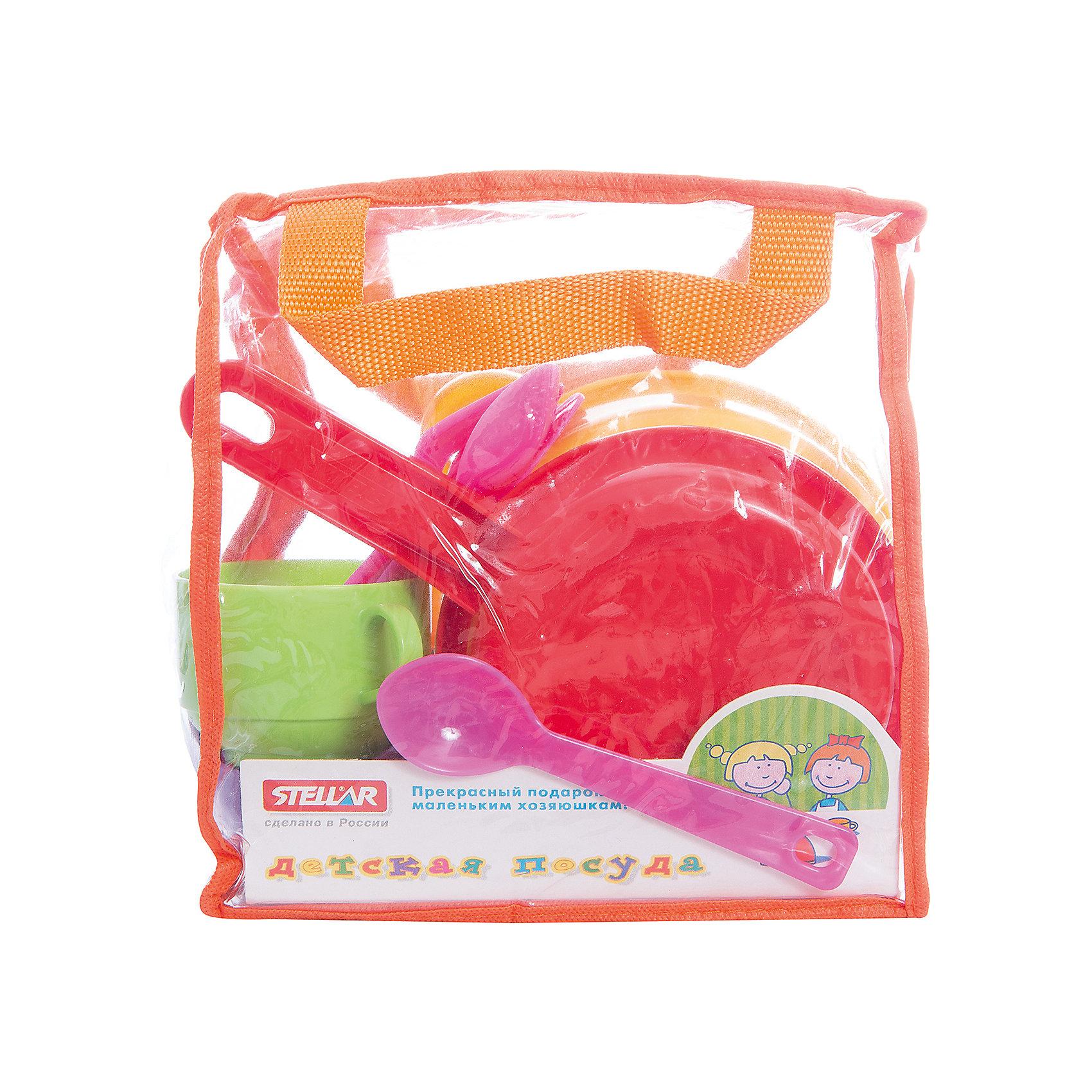 Стеллар Посуда  детская набор  №2Посуда и аксессуары для детской кухни<br>Набор посуды в сумочке из ПВХ. Сковорода, кастрюля, две больших глубоких тарелки, две кружки, два ножа, две вилки, две ложки.<br><br>Ширина мм: 200<br>Глубина мм: 200<br>Высота мм: 100<br>Вес г: 338<br>Возраст от месяцев: 36<br>Возраст до месяцев: 1188<br>Пол: Женский<br>Возраст: Детский<br>SKU: 2407107