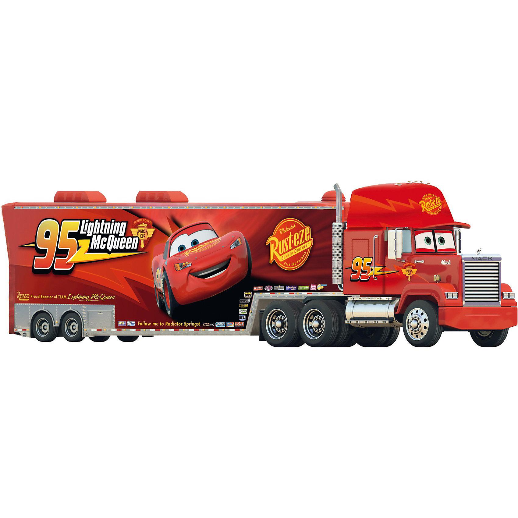 МакТрак со светом и звуком, Тачки, 46 смГрузовик МакТрак  герой всеми любимого мультфильма Тачки (Cars) на радиоуправлении понравится всем мальчишкам. Длина грузовика 46 см! Любая масштабная модель 1:24 легко поместится внутрь и может транспортироваться в прицепе. <br> МакТрак снабжен турбо-двигателем, который дает ему просто нереальное ускорение, что впору участвовать в гонках! Так же у него есть световые и звуковые эффекты (звук ревущего мотора и тормозов).<br><br>Дополнительно:<br>- Пульт дистанционного управления 3-х канальный, работает на 27 или 40 МГц, <br>- Управление - вперед-назад и вправо-влево. <br>- У прицепа открывается задняя дверца и его можно отсоединить от автомобиля с помощью пульта дистанционного управления. <br>- Для работы нужны батарейки: 3 шт. ААА и 4 шт. АА (в комплект не входят)<br><br>Ширина мм: 561<br>Глубина мм: 205<br>Высота мм: 204<br>Вес г: 1528<br>Возраст от месяцев: 36<br>Возраст до месяцев: 84<br>Пол: Мужской<br>Возраст: Детский<br>SKU: 2427801
