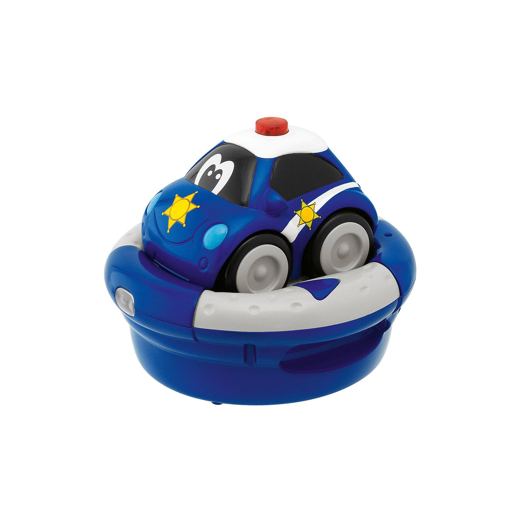 Полицейская машина с зарядным устройством, р/у, ChiccoПолицейская машина с зарядным устройством, р/у, Chicco (Чико) – эта яркая машина доставит массу удовольствия юному автолюбителю.<br>Полицейская машина с зарядным устройством на радиоуправлении подойдет для малышей, которые неравнодушны к различным спасательным машинам. Такая игрушка поможет ребенку придумать множество сюжетных игр, например с поимкой опасных преступников. В машинке – встроенный аккумулятор, а зарядное устройство является также рулем, на котором есть две кнопки, одна – чтобы двигаться вперед, и другая – чтобы повернуть автомобиль и изменить направление. Руль очень удобный и легкий для захвата детскими ручками, так что справиться с управлением автомобиля сможет даже самый маленький автолюбитель. Движение сопровождается реалистичными звуками - при движении вперед мотор начинает нетерпеливо рычать, а изменение направления сопровождается веселым шумом. Во время игры у крохи развивается координация движения, мелкая моторика и воображение. Изготовлена из высококачественного безопасного пластика.<br><br>Дополнительная информация:<br><br>- Материал: пластик<br>- Автомобиль ездит на встроенной NiMH аккумуляторной батарее<br>- Для работы инфракрасного руля нужны 4 батарейки АА (в комплект не входят)<br>- Размер: 11,9 х 12,4 х 8,9 см.<br><br>Полицейскую машину с зарядным устройством, р/у, Chicco (Чико) можно купить в нашем интернет-магазине.<br><br>Ширина мм: 150<br>Глубина мм: 152<br>Высота мм: 131<br>Вес г: 483<br>Возраст от месяцев: 12<br>Возраст до месяцев: 60<br>Пол: Унисекс<br>Возраст: Детский<br>SKU: 2450433