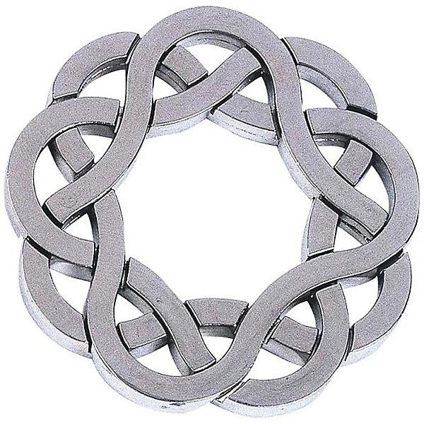 Головоломка Coaster, Уровень 4, HanayamaКлассические головоломки<br>Характеристики:<br><br>• возраст: от 7 лет;<br>• уровень сложности: 4;<br>• материал: металл;<br>• размер упаковки: 11,5х7,5х4,5 см;<br>• страна бренда: Япония.<br><br>Чтобы решить головоломку Coaster Hanayama понадобится вся ловкость рук, логика и базовые знания физики и геометрии.<br><br>На вид игрушка похожа на цельную замысловатую эмблему. Однако главная задача — разъединить три металлических звена друг от друга. Поскольку головоломка имеет продвинутый уровень сложности, сделать это будет совсем непросто.<br><br>Занятия с головоломкой Coaster развивают пространственное и логическое мышление, повышают внимательность и концентрацию.<br><br>Головоломку Coaster, уровень 4, Hanayama можно купить в нашем интернет-магазине.<br><br>Ширина мм: 120<br>Глубина мм: 75<br>Высота мм: 40<br>Вес г: 96<br>Возраст от месяцев: 84<br>Возраст до месяцев: 1188<br>Пол: Унисекс<br>Возраст: Детский<br>SKU: 2486036