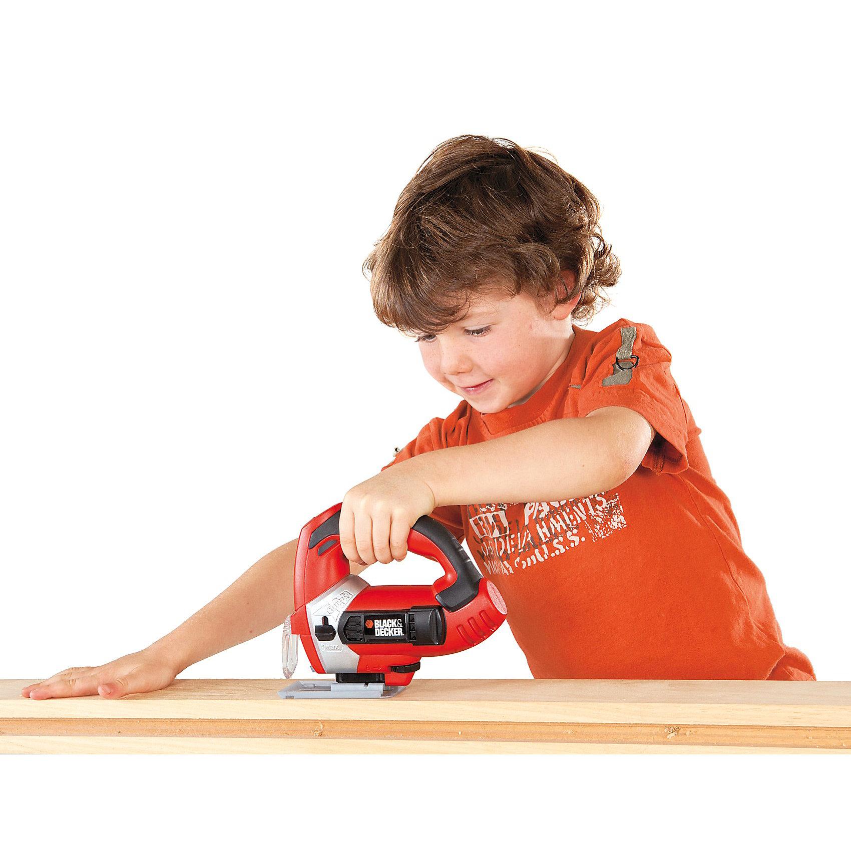 Лобзик  B&amp;D электронный, SmobyСюжетно-ролевые игры<br>Настоящим маленьким хозяевам очень понравится игрушечный электронный Лобзик B&amp;D. Игрушечный инструмент  практически не отличить от настоящего. Юный мастер оценит  такой инструмент с первого взгляда. А родителям будет приятно осознавать, что их ребенок растет умным и старательным , играя такими игрушками. И пусть малыш не сразу будет сверлить настоящие отверстия в стенах, зато когда вырастет, станет незаменимым папиным помощником. У игрушки есть удобная ручка и кнопка, нажав на которую раздаётся звук и светятся огоньки. Это прекрасный подарок, который пополнит коллекцию детских инструментов.<br><br>Дополнительная информация:<br><br>- материал: пластмасса <br>- размер игрушки: 14,5 х 5 х 17 см. <br>- размер упаковки: 24 х 7 х 21 см.<br>- длина: 24 см.<br>- ширина: 7 см.<br>- высота: 21 см.<br><br>Лобзик  B&amp;D электронный  Smoby можно купить в нашем интернет-магазине<br><br>Ширина мм: 244<br>Глубина мм: 213<br>Высота мм: 76<br>Вес г: 382<br>Возраст от месяцев: 36<br>Возраст до месяцев: 96<br>Пол: Мужской<br>Возраст: Детский<br>SKU: 2488857