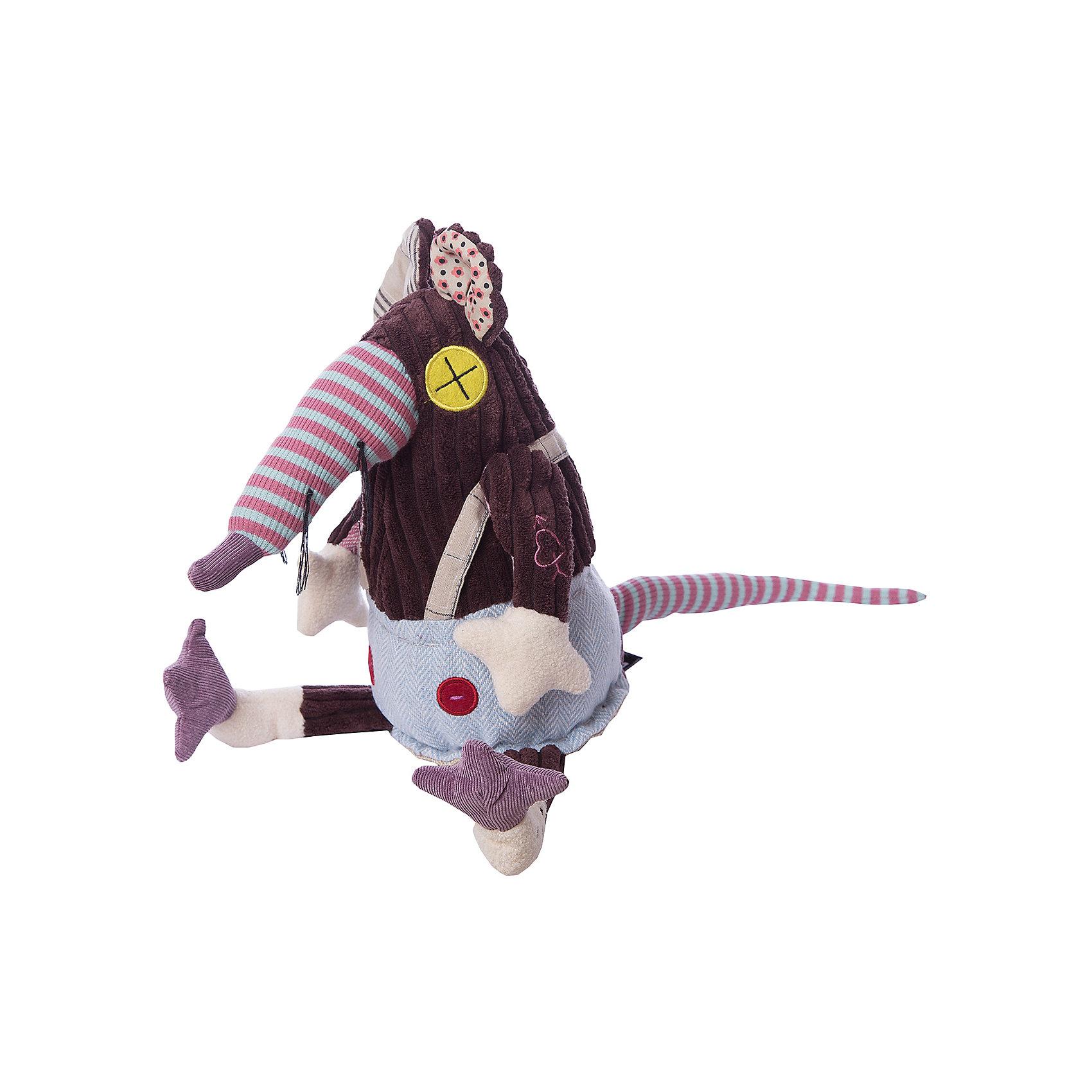 DEGLINGOS  Крыска Ratos OriginalDEGLINGOS  Крыска Ratos Original (Деглингос)<br><br>Характеристики:<br><br>• оригинальный дизайн<br>• приятен на ощупь<br>• материал: текстиль<br>• размер упаковки: 13х18х21,5 см<br>• вес: 150 грамм<br><br>Яркая крыска Ratos изготовлена из разных кусочков ткани, приятных на ощупь. Она имеет разные глазки и ушки, но это совершенно не мешает ей оставаться милой и привлекательной. Игрушка непременно привлечет внимание детей и взрослых!<br><br>DEGLINGOS  Крыска Ratos Original (Деглингос) можно купить в нашем интернет-магазине.<br><br>Ширина мм: 120<br>Глубина мм: 120<br>Высота мм: 350<br>Вес г: 230<br>Возраст от месяцев: 36<br>Возраст до месяцев: 1188<br>Пол: Унисекс<br>Возраст: Детский<br>SKU: 2523732