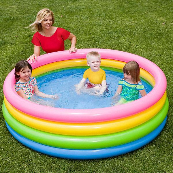 Детский надувной бассейн Радуга, IntexБассейны<br>Характеристики товара:<br><br>• размер бассейна: 168x46 см<br>• материал: винил<br>• дно ненадувное<br>• объём (80%): 617 л<br>• вес: 2,6 кг<br>• толщина материала: 0,23 мм<br><br>Детский надувной бассейн Радуга, Intex  (Интекс)  идеально подойдет для детского и семейного отдыха на загородном участке. <br><br>Комфортный и яркий бассейн станет незаменимым атрибутом летнего отдыха.<br><br>Все кольца бассейна надуваются независимо друг от друга.<br><br>Детский надувной бассейн Радуга, Intex  (Интекс)  можно купить в нашем интернет-магазине.<br>Ширина мм: 311; Глубина мм: 269; Высота мм: 96; Вес г: 2480; Возраст от месяцев: 36; Возраст до месяцев: 1164; Пол: Унисекс; Возраст: Детский; SKU: 2535127;