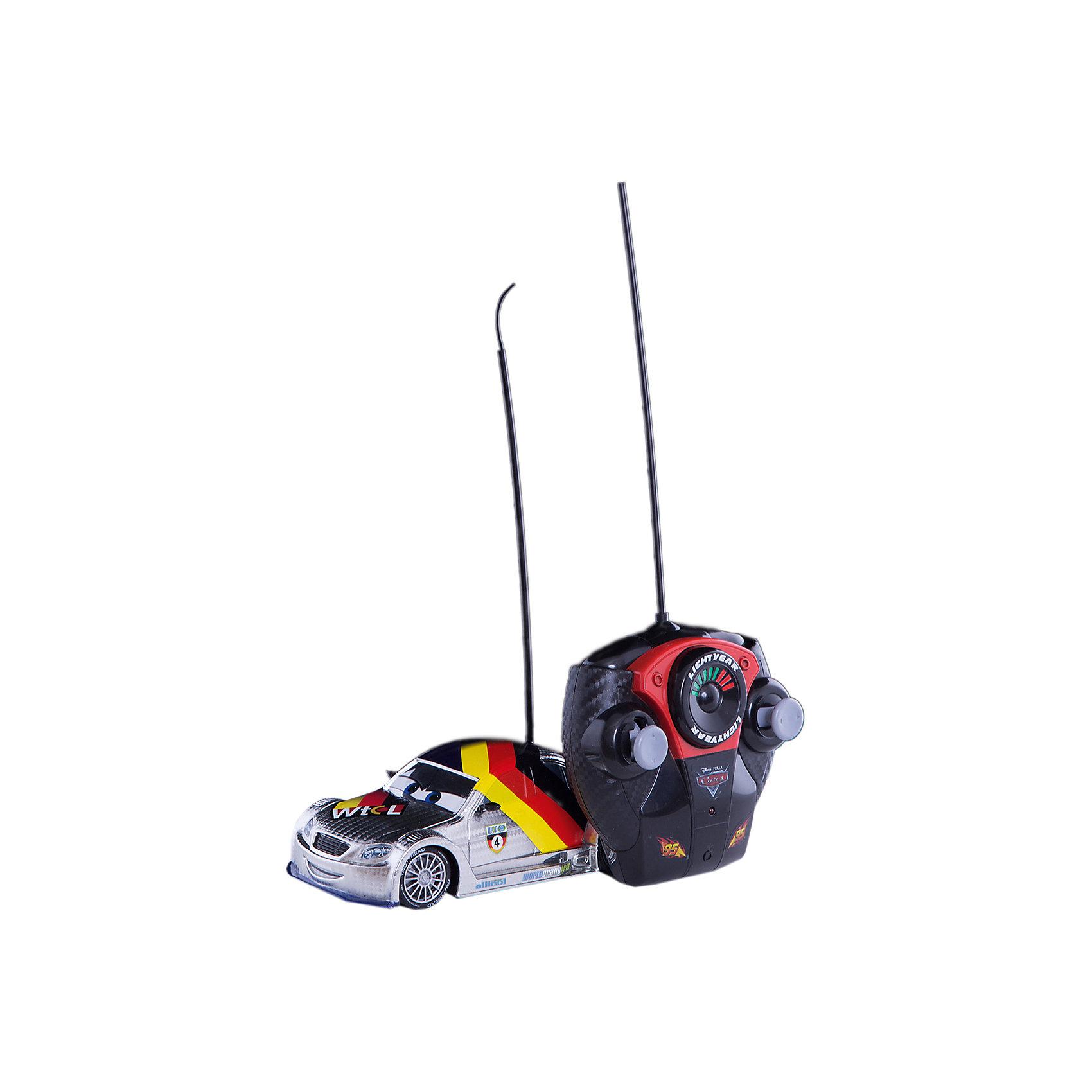 Машина на р/у Макс Шнель, серебристая, 1:24, 18см, Dickie ToysРадиоуправляемый транспорт<br>Характеристики:<br><br>• длина машинки: 18 см;<br>• масштаб: 1:24;<br>• особенности: радиоуправление, ускорение;<br>• комплектация: машинка, пульт управления;<br>• требуются батарейки: 3 шт. типа АА + 3 шт. типа ААА; <br>• батарейки приобретаются отдельно;<br>• материал: пластик;<br>• размер упаковки: 28х14х15 см;<br>• вес: 541 г.<br><br>Машинка Макс Шнель – персонаж из мультфильма «Тачки». С помощью пульта управления можно задавать направление движения автомобиля, регулировать его скорость, придавать ускорение на значимых участках трассы во время гонок. В процессе игры развивается внимание, сосредоточенность, координация движений. <br><br>Машину на р/у Макс Шнель, серебристая, 1:24, 18см, Dickie Toys можно купить в нашем магазине.<br><br>Ширина мм: 150<br>Глубина мм: 300<br>Высота мм: 150<br>Вес г: 538<br>Возраст от месяцев: 36<br>Возраст до месяцев: 1164<br>Пол: Мужской<br>Возраст: Детский<br>SKU: 2566993