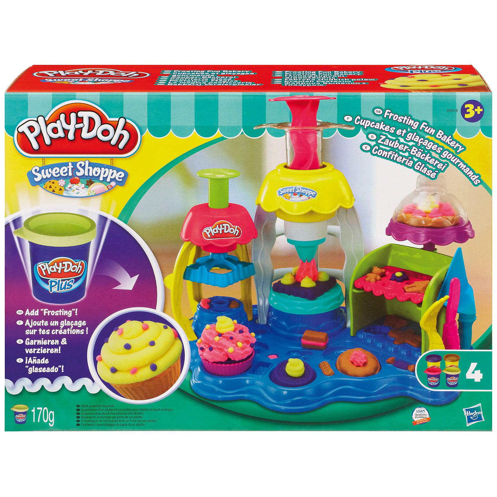 Игровой набор Фабрика пирожных, Play-Doh PlusИдеи подарков<br>Игровой набор Фабрика пирожных, Play-Doh позволит вашему ребенку наладить собственное производство сладостей!<br>С помощью PLAY-DOH PLUS  Вы можете создать более реалистичные детали сладостей, при меньших усилиях! С его помощью ребенок сможет слепить даже самые маленькие детали!<br>Его структура более мягкая и приятная на ощупь. Имеет сладкий запах, но соленый на вкус!! Розочки, цветочки, фигурки - все, что пожелаете! А благодаря фабрике и множеству формочек, входящих в комплект, Вы можете создать всевозможные пирожные, печенья и другие угощения.<br><br>Дополнительная информация:<br><br>- В комплекте также 2 банки с пластилином Play-Doh и 2 с пластилином Play-Doh PLUS (в синей баночке) С его помощью ребенок сможет слепить даже самые маленькие детали!<br>Его структура более мягкая и приятная на ощупь. Имеет сладкий запах, но соленый на вкус!!<br><br>Игровой набор Фабрика пирожных, Play-Doh (Плей-До) можно купить в нашем магазине.<br><br>Ширина мм: 330<br>Глубина мм: 231<br>Высота мм: 119<br>Вес г: 943<br>Возраст от месяцев: 36<br>Возраст до месяцев: 72<br>Пол: Унисекс<br>Возраст: Детский<br>SKU: 2599575