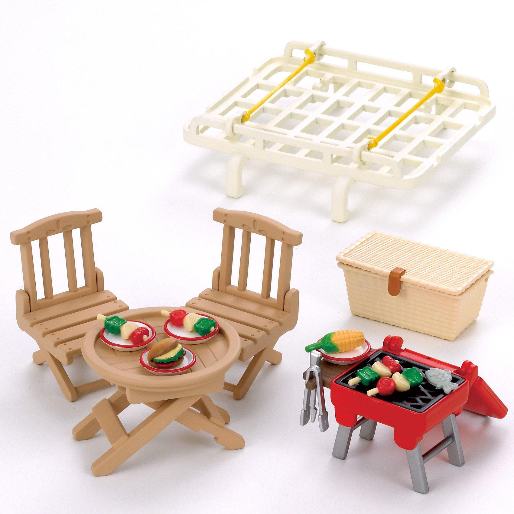 - Набор Семейный пикник Sylvanian Families