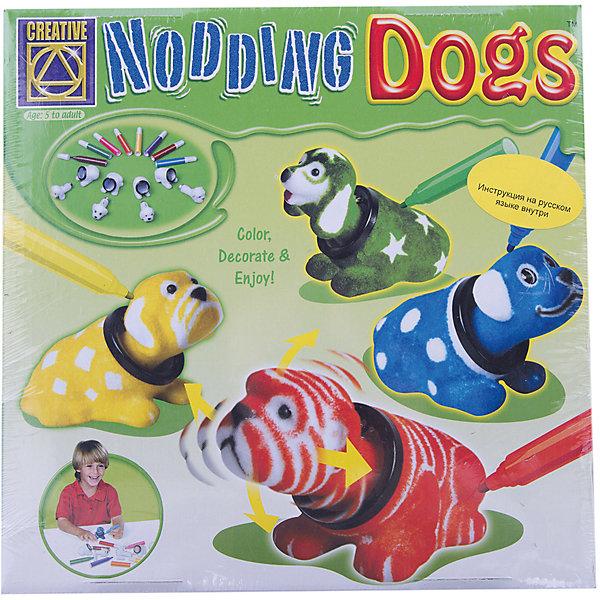 Набор Разукрась кивающих собачек, CreativeНаборы для раскрашивания<br>Набор для творчества Раскрась кивающих собачек доставит вашему ребенку много радости и веселья, ведь благодаря этому набору малыш сможет максимально проявить свои творческие способности. Он сможет самостоятельно раскрасить четыре забавных собачки с кивающими головками. В комплекте есть все необходимое: четыре фигурки собачек, восемь специальных маркеров и подробная инструкция на русском языке. Яркие фигурки с помощью наклейки можно приклеить на стол или другую поверхность.<br><br>Дополнительная информация:<br><br>- длина фломастера: 9,5 см<br>- размер фигурки собачки: 7,5 х 5,5 х 3,5 см.<br>- материал: полиэстер, металл, пластик<br>- размер упаковки: 24,5 х 24,5 х 5,5 см.<br>- четыре фигурки собачек и 8 маркеров в комплекте<br><br>Набор Разукрась кивающих собачек, Creative можно купить в нашем магазине.<br><br>Ширина мм: 245<br>Глубина мм: 245<br>Высота мм: 55<br>Вес г: 400<br>Возраст от месяцев: 72<br>Возраст до месяцев: 2147483647<br>Пол: Унисекс<br>Возраст: Детский<br>SKU: 3139148