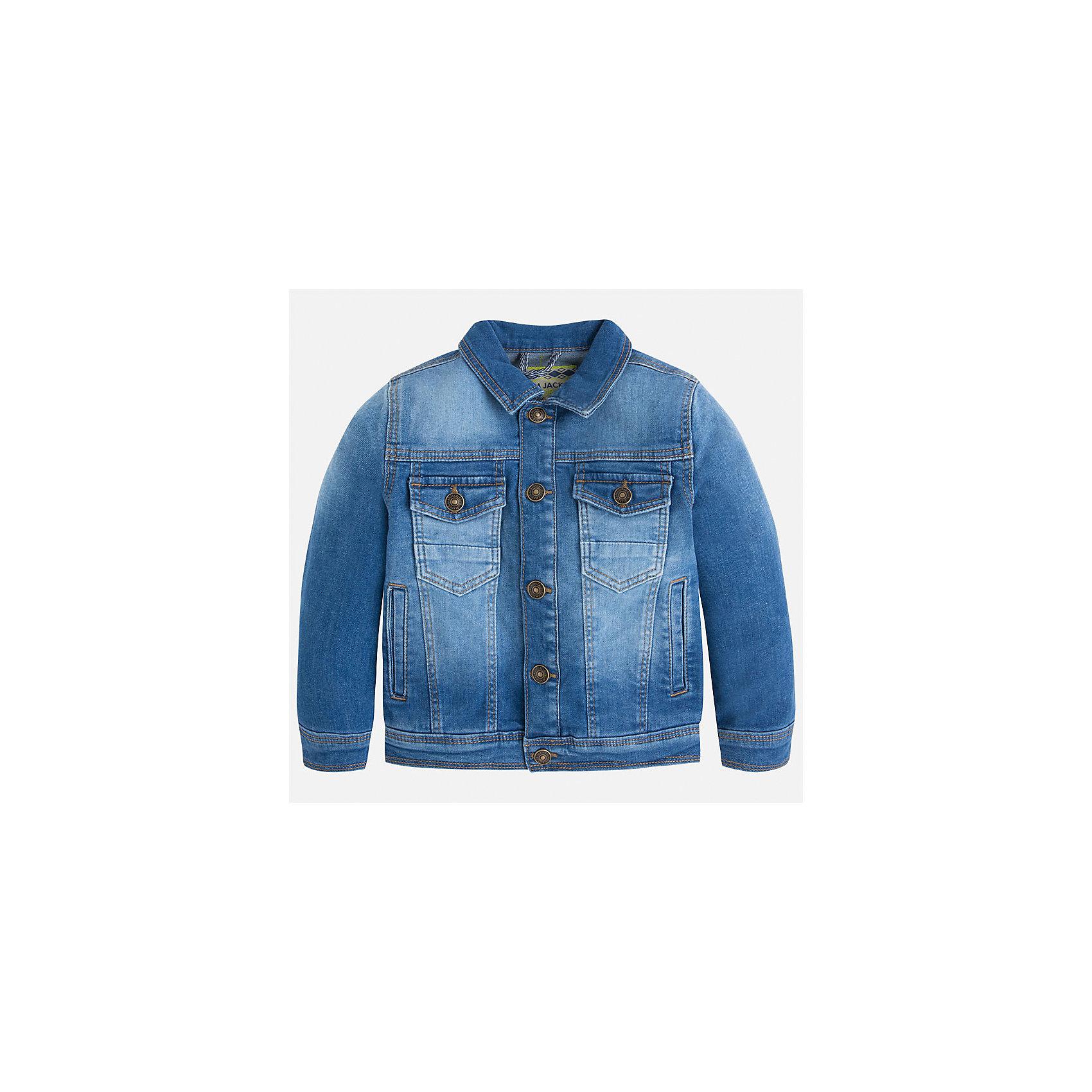 Куртка джинсовая для мальчика MayoralХарактеристики товара:<br><br>• цвет: синий<br>• состав: 97% хлопок, 3% эластан<br>• отложной воротник<br>• карманы<br>• застежка: пуговицы<br>• эффект потертостей<br>• страна бренда: Испания<br><br>Джинсовая куртка для мальчика может стать базовой вещью в гардеробе ребенка. Она отлично сочетается с майками, футболками, рубашками и т.д. Универсальный крой и цвет позволяет подобрать к вещи низ разных расцветок. Практичное и стильное изделие! В составе материала - натуральный хлопок, гипоаллергенный, приятный на ощупь, дышащий.<br><br>Одежда, обувь и аксессуары от испанского бренда Mayoral полюбились детям и взрослым по всему миру. Модели этой марки - стильные и удобные. Для их производства используются только безопасные, качественные материалы и фурнитура. Порадуйте ребенка модными и красивыми вещами от Mayoral! <br><br>Куртку для мальчика от испанского бренда Mayoral (Майорал) можно купить в нашем интернет-магазине.<br><br>Ширина мм: 356<br>Глубина мм: 10<br>Высота мм: 245<br>Вес г: 519<br>Цвет: синий<br>Возраст от месяцев: 60<br>Возраст до месяцев: 72<br>Пол: Мужской<br>Возраст: Детский<br>Размер: 116,110,104,98,92,128,134,122<br>SKU: 3143064