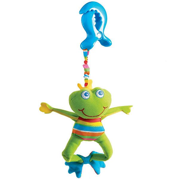 Развивающая игрушка Лягушонок Френки, Tiny LoveИгрушки для новорожденных<br>Красивая и мягкая подвесная игрушка, с шуршащими элементами и вибрирующим эффектом при растягивании. <br>Если игрушку потрясти — раздастся характерный для погремушки звук. <br><br>Благодаря надежному и удобному креплению краб игрушку можно закрепить на коляске, коврике, кроватке или автокресле малыша. <br><br>Дополнительная информация:<br><br>Размер игрушки (без клипсы): 13*14*17 см.<br>Размер упаковки: 13x10x16,5 см.<br><br>Развивающую игрушку Лягушонок Френки, Tiny Love (Тини Лав) можно купить в нашем интернет - магазине.<br>Ширина мм: 60; Глубина мм: 130; Высота мм: 350; Вес г: 107; Возраст от месяцев: 0; Возраст до месяцев: 24; Пол: Унисекс; Возраст: Детский; SKU: 3155547;