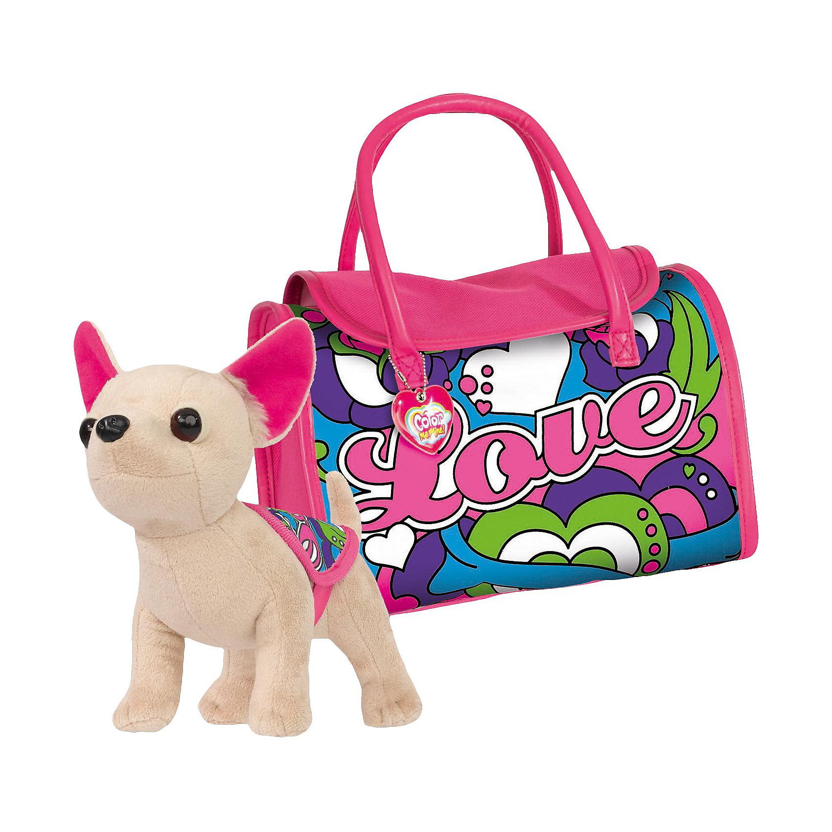 Набор Чихуахуа с сумкой, Color me mine, SimbaНабор Чихуахуа с сумкой, Color me mine, Simba (Симба) замечательный подарок для девочки, который сочетает в себе милую забавную игрушку и набор для творчества. Чудесная плюшевая собачка очень мягкая и приятная на ощупь, лапки легко гнутся, что позволяет придать собачке любое положение.<br><br>В комплект также входит сумочка для переноски собачки, на поверхность сумочки нанесен контур рисунка, который надо раскрасить согласно своей фантазии. Нанесенный на сумку рисунок после полного высыхания не пачкается и не стирается. Собачка легко помещается в сумочке и девочка всегда может взять с собой свою любимицу. Кроме того игрушка станет замечательным стильным аксессуаром для маленькой модницы.<br><br>Дополнительная информация:<br><br>- В комплекте: собачка с накидкой, сумочка для раскрашивания, 4 перманентных маркера (фиолетовый, розовый, зеленый, голубой).<br>- Материал: полиэстер, текстиль, плюш, пластмасса.<br>- Размер собачки: 20 см.<br> <br>Набор Чихуахуа с сумкой, Color me mine, Simba (Симба) можно купить в нашем интернет-магазине.<br><br>Ширина мм: 374<br>Глубина мм: 311<br>Высота мм: 166<br>Вес г: 650<br>Возраст от месяцев: 72<br>Возраст до месяцев: 96<br>Пол: Женский<br>Возраст: Детский<br>SKU: 3159651