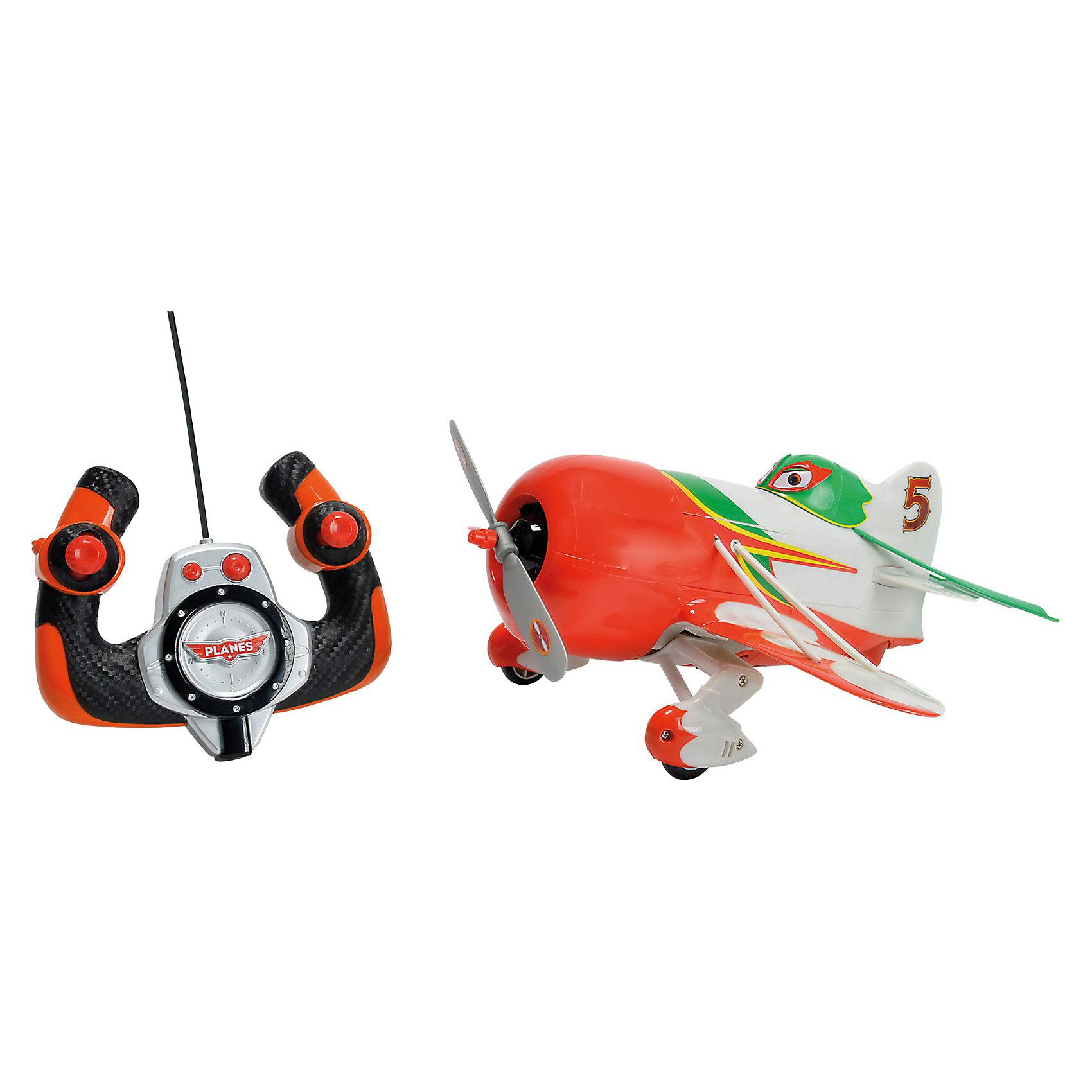 Самолет Чупакабра, 1:24, 27 см, Dickie ToysСамолёты и вертолёты<br>Характеристики:<br><br>• длина самолетика: 27 см;<br>• масштаб: 1:24;<br>• особенности игрушки: звуковые эффекты;<br>• комплектация: самолет, пульт управления;<br>• частота работы пульта - от 27 до 40 МГц;<br>• пульт управления с функцией дрифта и турборежимом;<br>• материал: пластик;<br>• размер упаковки: 35,5х17,5х30 см;<br>• вес: 1,19 кг<br><br>Самолетик Чупакабра на пульте управления не летает, а только ездит по ровной поверхности. Во время движения самолетика слышен звук работающего двигателя. Пропеллер вращается, колеса вращаются, самолетик приведен в движение. <br><br>Самолет Чупакабра, 1:24, 27 см, Dickie Toys можно купить в нашем магазине.<br><br>Ширина мм: 364<br>Глубина мм: 302<br>Высота мм: 185<br>Вес г: 944<br>Возраст от месяцев: 36<br>Возраст до месяцев: 1164<br>Пол: Мужской<br>Возраст: Детский<br>SKU: 3167816