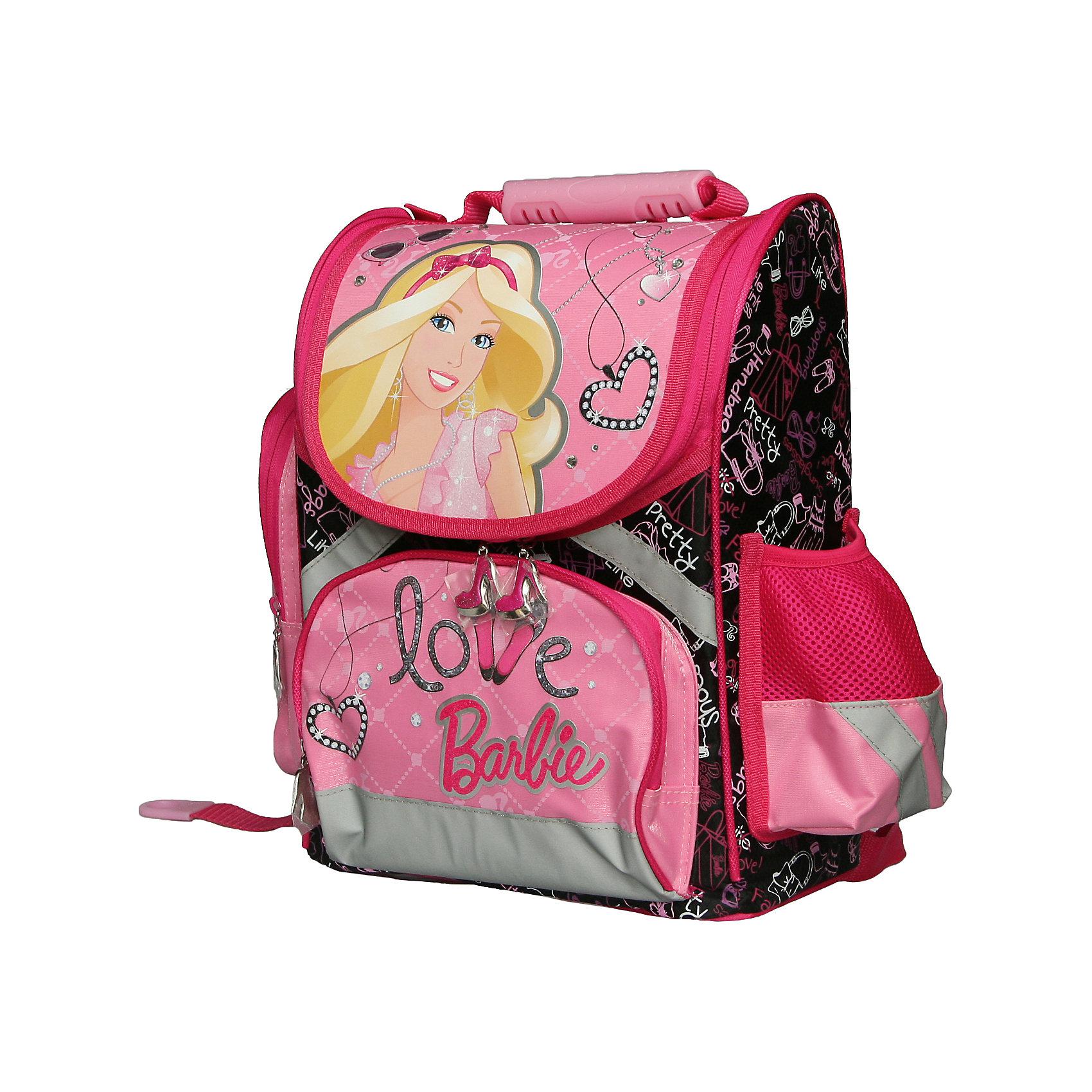 Школьный усиленный рюкзак BarbieОртопедический рюкзак. Barbie Ранец школьный с жесткой спинкой от любимого бренда Barbie.<br>У ранца : большое отделение на застежке -молнии в виде стильной туфельки, маленькое на молнии, спинка - толстый поролон, по бокам два кармана. Ранец очень устойчивый и хорошо держит форму.<br><br>Дополнительная информация:<br><br>Размер: 37х30х16,5 см<br>Вес: 1,095 кг<br><br>Рюкзак Barbie можно купить в нашем магазине.<br><br>Ширина мм: 330<br>Глубина мм: 250<br>Высота мм: 130<br>Вес г: 1030<br>Возраст от месяцев: 84<br>Возраст до месяцев: 144<br>Пол: Женский<br>Возраст: Детский<br>SKU: 3178602