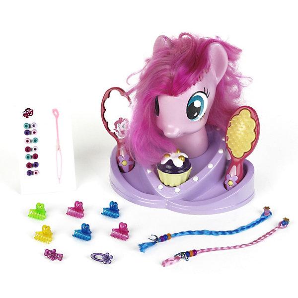 Модель для причесок, My Little PonyСалон красоты<br>Модель для причесок, My Little Pony (Моя маленькая Пони) – это восхитительный игровой набор для вашего ребенка.<br>Модель для причесок Моя Маленькая Пони. – это голова пони с длинной розовой гривой и множество парикмахерских аксессуаров. Можно плести косички, делать хвостики, украшать локоны бусинами и создавать разные волшебные образы любимого сказочного персонажа. Увлекательная игра, улучшающая мелкую моторику, позволяющая юной барышне развивать фантазию, вкус, а так же учиться делать всевозможные прически, как Маленькому Пони, так и себе. Все предметы комплекта изготовлены из безопасного и прочного пластика.<br><br>Дополнительная информация:<br><br>- Возраст: для детей от 3 лет<br>- Материал: винил, пластмасса, текстиль<br>- В наборе:  манекен (голова пони), расческа-щетка, безопасное зеркало, заколочки, крабики, бусины для волос, 2 съемные цветные косички, шкатулка для украшений в виде маффина<br>- Высота манекена: 25 см.<br>- Размер упаковки: 33 х 32 х 22 см.<br><br>Модель для причесок, My Little Pony (Май Литл Пони) от klein (Кляйн) можно купить в нашем интернет-магазине.<br><br>Ширина мм: 335<br>Глубина мм: 324<br>Высота мм: 224<br>Вес г: 935<br>Возраст от месяцев: 36<br>Возраст до месяцев: 1164<br>Пол: Женский<br>Возраст: Детский<br>SKU: 3191298