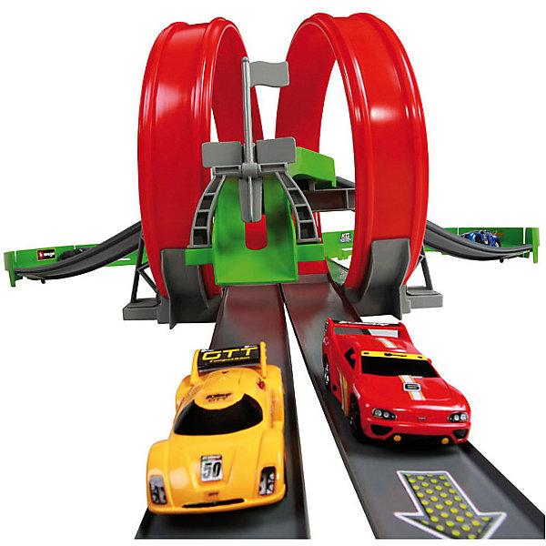 Трасса с двумя треками, BburagoАвтотреки<br>Трасса с двумя треками, Bburago - впечатляющий игровой набор, который вызовет восторг у Вашего ребенка. Игровой комплекс представляет из себя 2 трассы с крутыми поворотами и мертвой петлей. Одновременно по трассе могут передвигаться два автомобиля, по двум параллельным дорогам. Машинки разгоняются по трассе при помощи инерционного механизма, батарейки не требуются, просто оттяните машинку назад и отпустите. Машинки выполнены в масштабе 1:55. На этих треках модели проезжают около 14 м., развивая при этом скорость до 322 км/ч. Устройте веселые соревноваться с папой или с другом и посмотрите, чья машина придет к финишу первой!<br><br>Дополнительная информация:<br><br>- В комплекте: детали для сборки трека, 2 машинки с металлическим корпусом.<br>- Материал: пластик, металл.<br>- Размер машинки: 8 см.<br>- Длина трека: 220 см.<br>- Размер трека: 94 х 220 х 26 см.<br>- Размер упаковки: 5,7 х 61 х 27,6 см.<br>- Вес: 1,87 кг.<br><br>Трассу с двумя треками, Bburago (Бураго) можно купить в нашем интернет-магазине.<br><br>Ширина мм: 557<br>Глубина мм: 355<br>Высота мм: 109<br>Вес г: 1636<br>Возраст от месяцев: 36<br>Возраст до месяцев: 72<br>Пол: Мужской<br>Возраст: Детский<br>SKU: 3192895