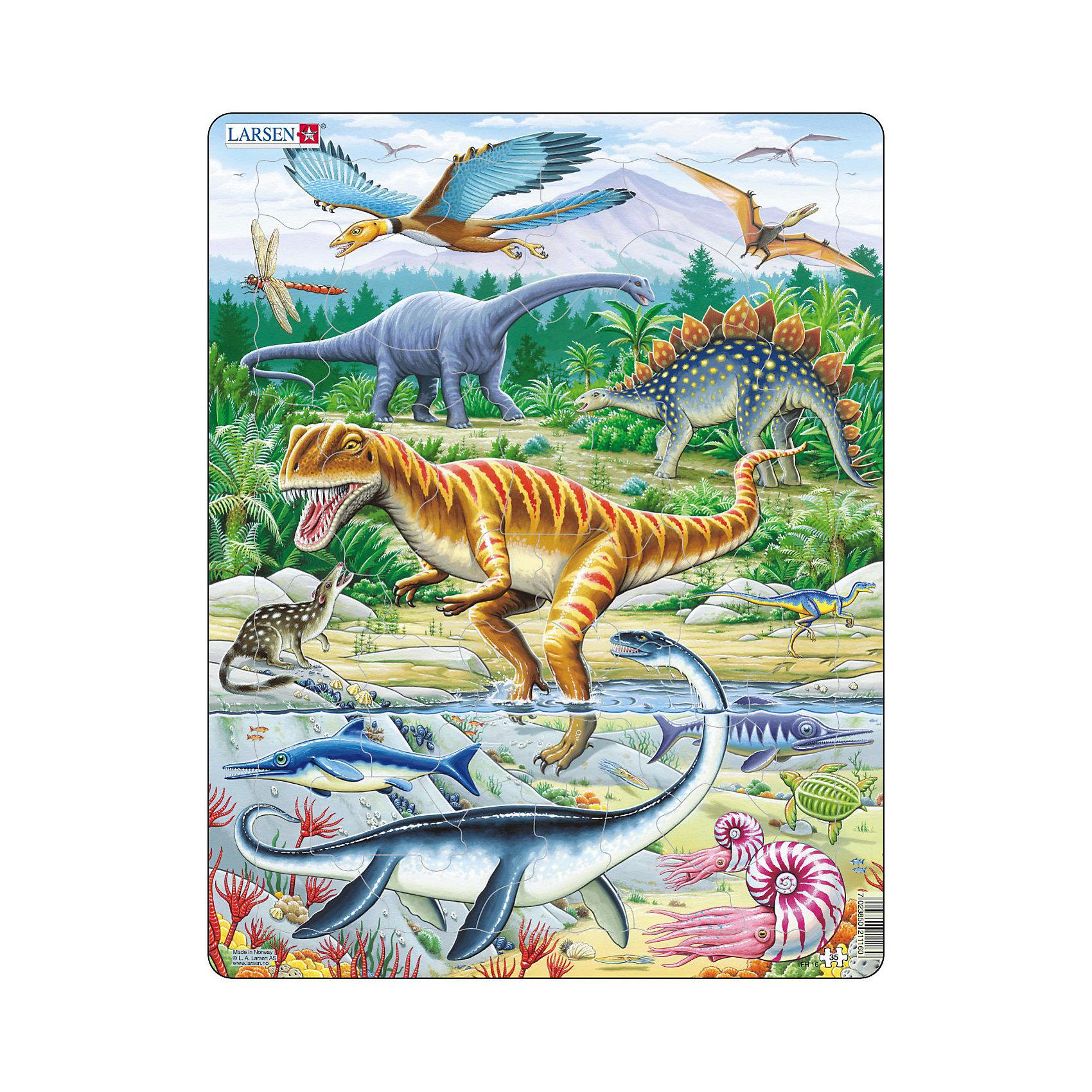 Пазл Динозавры, 35 деталей, LarsenПазлы для малышей<br>Пазл Динозавры, 35 деталей, Larsen (Ларсен) – это высококачественный обучающий пазл-рамка.<br>Пазл-рамка Динозавры – это яркий и красивый пазл, состоящий из 35 деталей, на котором представлен Животный мир Юрского периода. Когда ребенок соберет пазл целиком, он сможет подробно рассмотреть доисторических животных. Пазл имеет специальную рамку с подложкой, на которой выдавлены контуры необходимых деталей, что облегчит процесс сборки. Детали пазла изготовлены из высококачественного плотного трехслойного картона. Они не деформируются, хорошо сцепляются друг с другом, не расслаиваются. Рисунок не стирается. Занятия по сборке пазла развивают образное и логическое мышление, пространственное воображение, память, внимание, усидчивость, координацию движений и мелкую моторику.<br><br>Дополнительная информация:<br><br>- Количество деталей: 35<br>- Размер собранной картинки: 36,5х28,5 см.<br>- Материал: плотный трехслойный картон<br>- Размер упаковки: 36,5х0,5х28,5 см.<br><br>Пазл Динозавры, 35 деталей, Larsen (Ларсен) можно купить в нашем интернет-магазине.<br><br>Ширина мм: 368<br>Глубина мм: 282<br>Высота мм: 13<br>Вес г: 314<br>Возраст от месяцев: 48<br>Возраст до месяцев: 72<br>Пол: Мужской<br>Возраст: Детский<br>Количество деталей: 35<br>SKU: 3206502
