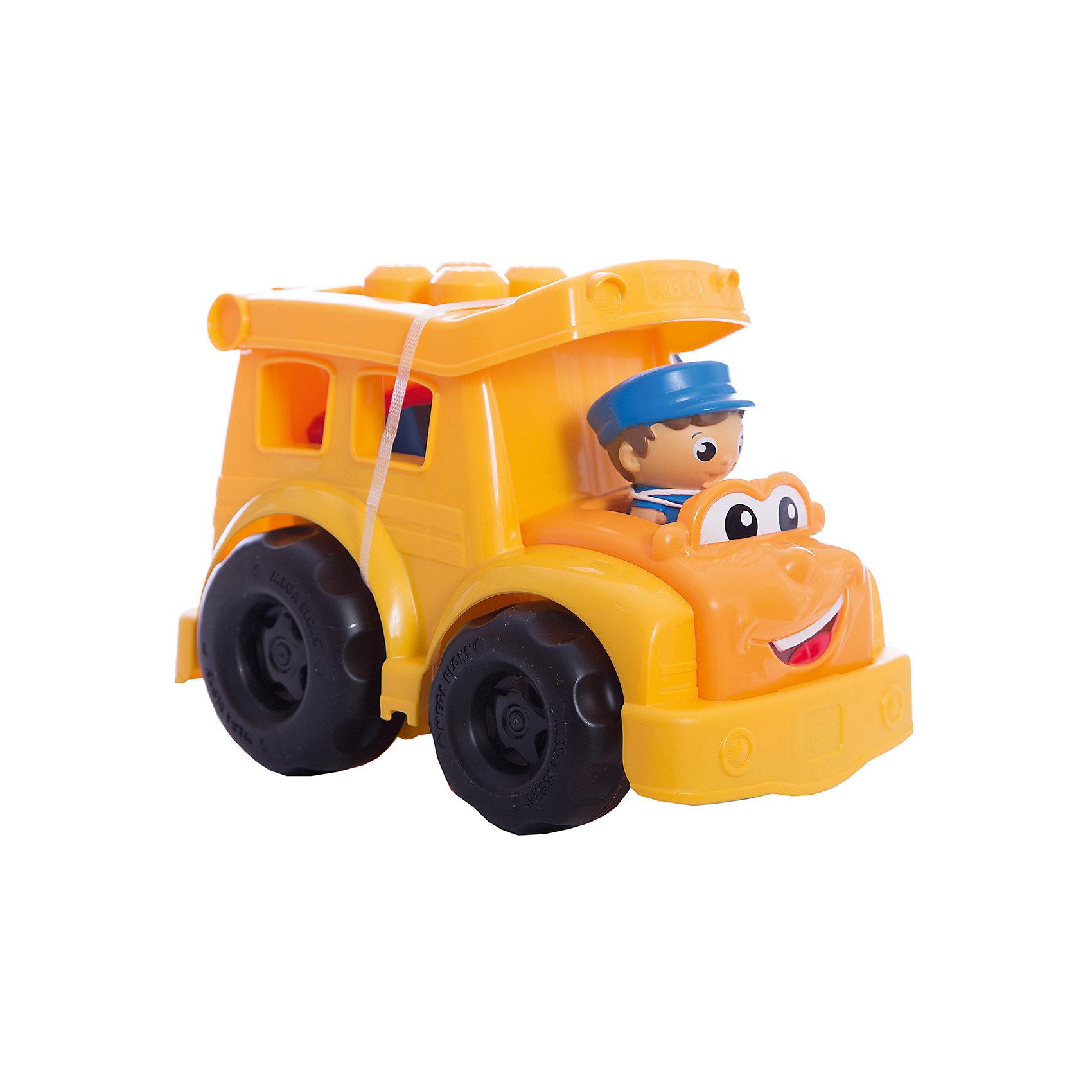 Школьный автобус Сонни MEGA BLOKS First BuildersШкольный автобус Сонни, Mega Bloks, First Builders, приятно порадует Вашего ребенка. Симпатичный автобус выполнен в ярко-желтом цвете, у него милое личико с веселой улыбкой и большие глаза. Каждое утро Сонни собирает маленьких пассажиров, чтобы отвезти их на занятия в школу. Крыша автобуса легко открывается, позволяя помещать внутрь детали First Builders и фигурки. В комплект также входят 5 деталей, которые можно прикреплять на крышу автобуса, меняя его облик, и фигурка водителя. Автобус и детали имеют крупный размер и форму, удобную для детских ручек. Набор совместим с другими наборами серии First Builders.<br><br>Дополнительная информация:<br><br>- В комплекте: автобус, 5 деталей, фигурка водителя.   <br>- Материал: пластик.<br>- Размер игрушки: 23 х 15,5 х 16 см.<br>- Размер упаковки: 25 x 17 x 17 см. <br>- Вес: 0,465 кг.<br><br>Школьный автобус Сонни, MEGA BLOKS First Builders, можно купить в нашем интернет-магазине.<br><br>Ширина мм: 16<br>Глубина мм: 177<br>Высота мм: 243<br>Вес г: 480<br>Возраст от месяцев: 12<br>Возраст до месяцев: 36<br>Пол: Мужской<br>Возраст: Детский<br>SKU: 3289623