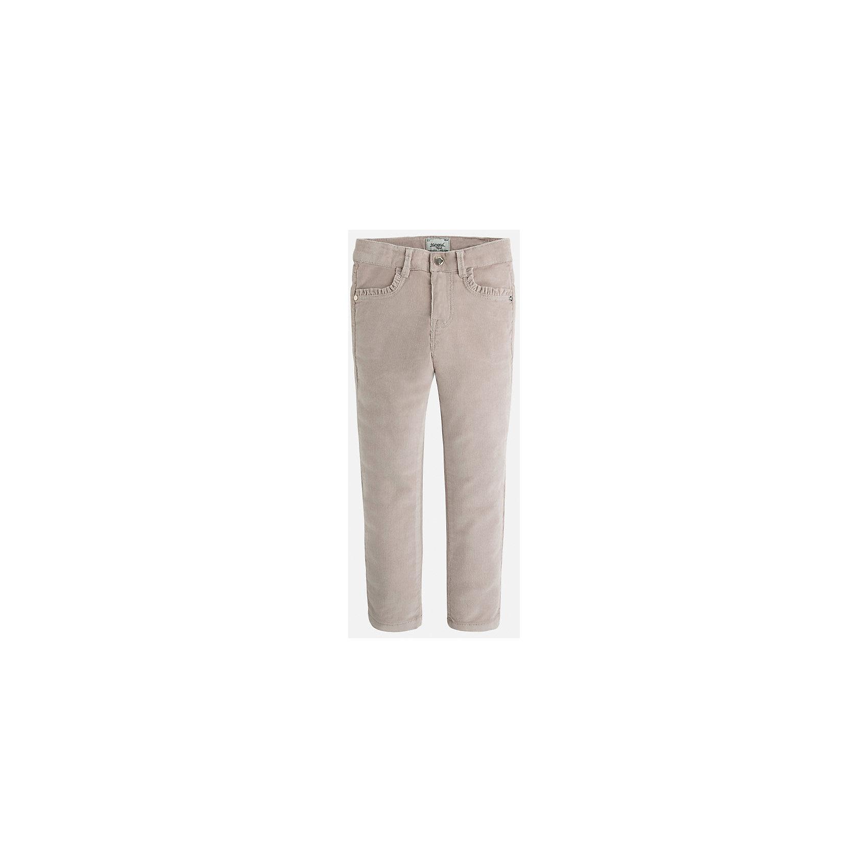 Брюки для девочки MayoralБрюки<br>Мягкие вельветовые брюки от известного испанского бренда для девочки. Изделие обладает следующими особенностями: - зауженный силуэт (scinny); - регулируемый по полноте пояс со шлевками для ремня; - традиционная застежка: кнопка и молния; - 4 кармана; - приятная к телу чуть эластичная плотная ткань (98% хлопок, 2% эластан).<br><br>Брюки для девочки Mayoral (Майорал) можно купить в нашем магазине.<br><br>Ширина мм: 215<br>Глубина мм: 88<br>Высота мм: 191<br>Вес г: 336<br>Цвет: разноцветный<br>Возраст от месяцев: 60<br>Возраст до месяцев: 72<br>Пол: Женский<br>Возраст: Детский<br>Размер: 116,92,128,110,104,98,122,134,128<br>SKU: 3308627