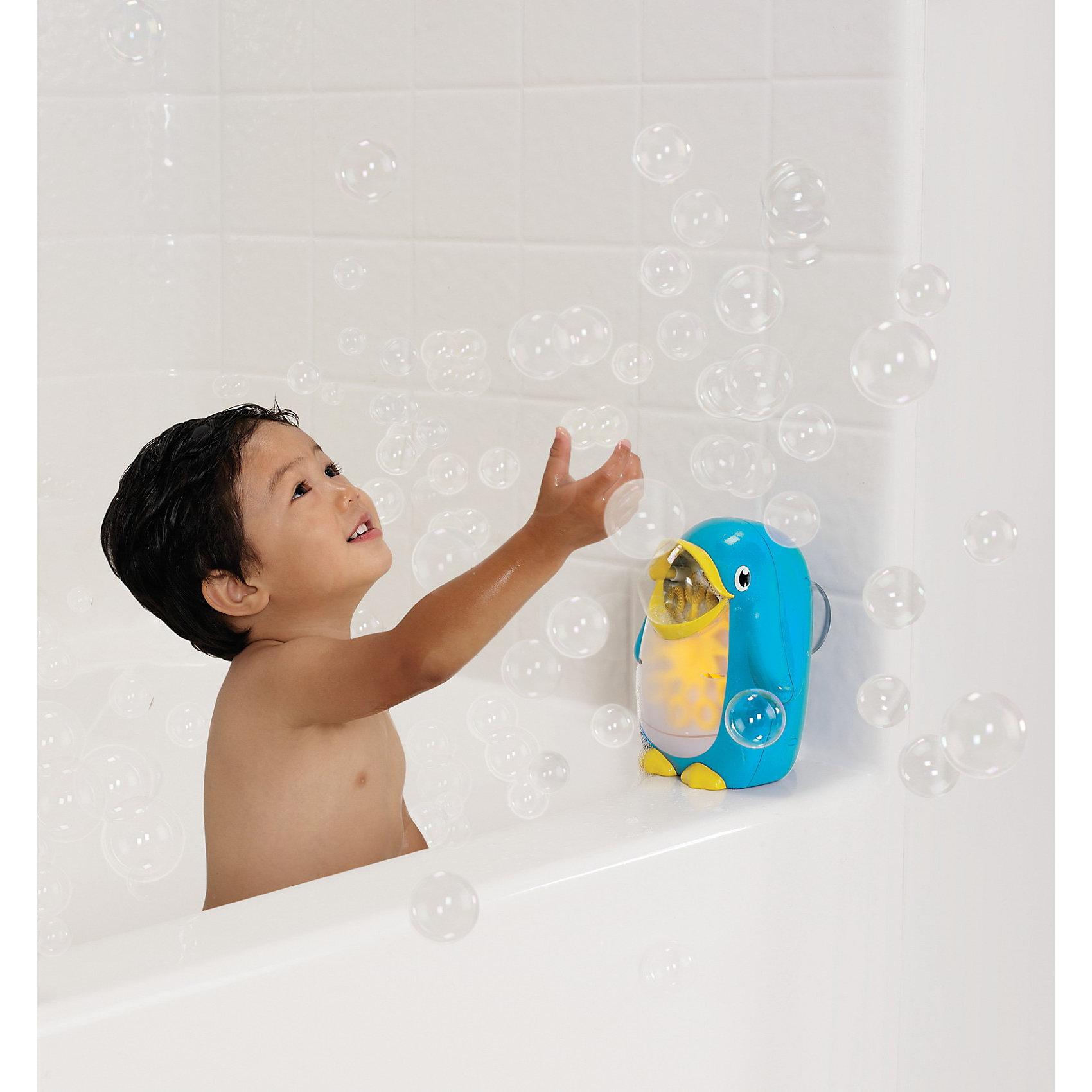 Игрушка для ванной Мыльные пузыри, от 12 мес., MunchkinИгровые наборы<br>Игрушка для ванной Пингвин Мыльные пузыри от munchkin (Манчкин) не оставит ни одного ребенка равнодушным!<br><br>Дополнительная информация:<br><br>- Есть кнопка вкл\выкл.<br>- Крутящееся колесо с кольцами для выдувания обеспечивает непрерывный поток мыльных пузырей.<br>- Можно использовать с большинством пенных средств.<br>- Избегать попадания пузырей на лицо ребенка.<br>- возраст: от 12 мес.<br>- требуются 2 батарейки AA (не входят в комплект)<br><br>Игрушку для ванной Мыльные пузыри munchkin, от 12 мес. можно купить в нашем интернет-магазине.<br><br>Ширина мм: 254<br>Глубина мм: 62<br>Высота мм: 202<br>Вес г: 228<br>Возраст от месяцев: 12<br>Возраст до месяцев: 48<br>Пол: Унисекс<br>Возраст: Детский<br>SKU: 3317194