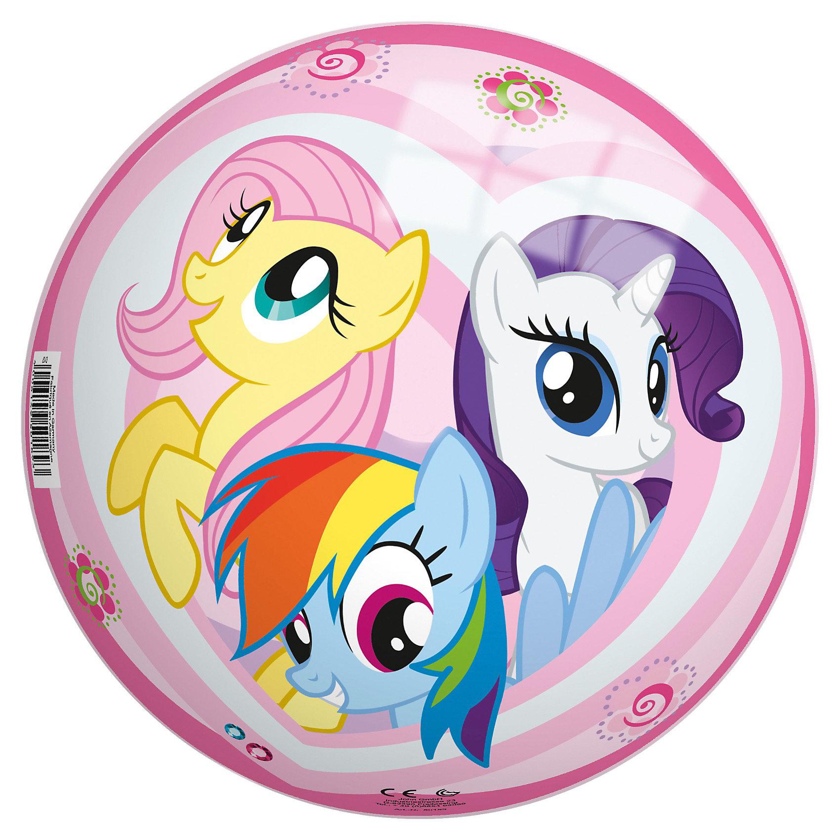 Мяч Моя маленькая пони, 230 мм, JohnМяч Моя маленькая пони, John, порадует Вашу малышку и позволит ей весело и активно проводить время как дома так и на улице. Мяч выполнен в красочном привлекательном дизайне и украшен изображениями прелестных лошадок из любимого мультсериала My Little Pony (Мой маленький пони). Прочный и совершенно безопасный ПВХ материал не токсичен и не вызывает аллергию. Рисунок нанесен с помощью особой тампонной печати, которая позволяет надолго сохранить его яркие краски. Занятия с мячом улучшают координацию движений и мелкую моторику, укрепляют мышцы ног, рук и спины. Мяч поставляется в сдутом виде и надувается при помощи насоса (не входит в комплект).<br><br>Дополнительная информация:<br><br>- Материал: ПВХ.<br>- Диаметр мяча: 23 см.<br>- Размер упаковки: 18 х 8 х 24 см.<br>- Мяч поставляется в сдутом виде (насос в комплект не входит)<br><br>Мяч Моя маленькая пони, John (Джон) можно купить в нашем интернет-магазине.<br><br>Ширина мм: 220<br>Глубина мм: 215<br>Высота мм: 210<br>Вес г: 127<br>Возраст от месяцев: 36<br>Возраст до месяцев: 96<br>Пол: Женский<br>Возраст: Детский<br>SKU: 3334159