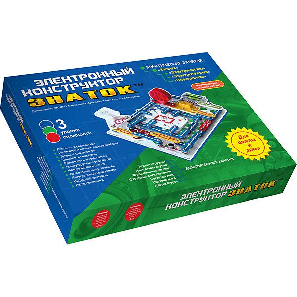 Электронный конструктор 999 схем+школа, ЗнатокИдеи подарков<br>Уже хорошо зарекомендовал себя за тот небольшой промежуток времени, который прошел с момента его появления. Данный конструктор может использоваться как дидактический материал, на школьных уроках физики, помогая в освоении школьной программы вплоть до 11 класса.<br>Конструктор может использоваться в качестве познавательной игрушки любознательным человеком в возрасте от 5 лет до 55 лет. В домашних условиях мы рекомендуем использовать конструктор как «игрушку для Папы и Ребенка», когда ребенку в процессе сборки конструктора взрослый объясняет, почему загорается лампа или как работает радио (если конечно сам знает).<br><br>С помощью конструктора можно собрать:<br>- Радио AM / FM - регулировка громкости, автоматическая настройка на станции <br>- Измерительные схемы (вольтметр, амперметр) - 75 вариантов схем <br>- Диктофон (запись/воспроизведение) <br>- Детектор лжи <br>- Световой индикатор - буквы (строчные и прописные) и цифры <br>- Автоматические осветители - напоминалка о наступлении темноты, датчик дождя, ночник <br>- Музыкальный дверной звонок с вариантами управления <br>- Имитаторы звуков - 12 вариантов, 120 вариантов схем <br>- Охранные сигнализации - отпугивающие звуки, звуковая/световая реакция на обрыв провода <br>- Регулируемый метроном <br><br>Дополнительная информация:<br><br>- Батарейки: 4хАА (в комплект не входят).<br>- Материал: пластик, металл, магнит.<br>- Размер упаковки: 51х39х6 см.<br>Комплектация: Детали конструктора (в том числе провода, электромотор, транзисторы, фоторезистор, микрофон, динамик, сенсорную пластину, пьезоизлучатель, геркон, магнит, различные выключатели, лампочки, светодиоды, резисторы, конденсаторы, интегральные микросхемы усилителя мощности, тюнера радиоприемника, усилителя высокой частоты и многое другое).<br>Платформа для сборки.Пособия по сборке.<br><br>Электронный конструктор 999 схем+школа, Знаток можно купить в нашем магазине.<br><br>Ширина мм: 510<br>Глубина мм
