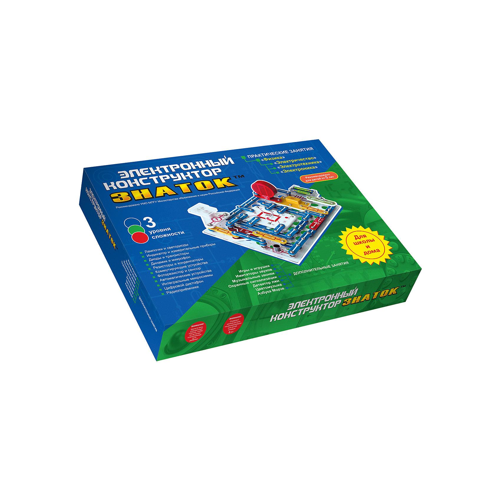 Электронный конструктор 999 схем+школа, ЗнатокОкружающий мир<br>Уже хорошо зарекомендовал себя за тот небольшой промежуток времени, который прошел с момента его появления. Данный конструктор может использоваться как дидактический материал, на школьных уроках физики, помогая в освоении школьной программы вплоть до 11 класса.<br>Конструктор может использоваться в качестве познавательной игрушки любознательным человеком в возрасте от 5 лет до 55 лет. В домашних условиях мы рекомендуем использовать конструктор как «игрушку для Папы и Ребенка», когда ребенку в процессе сборки конструктора взрослый объясняет, почему загорается лампа или как работает радио (если конечно сам знает).<br><br>С помощью конструктора можно собрать:<br>- Радио AM / FM - регулировка громкости, автоматическая настройка на станции <br>- Измерительные схемы (вольтметр, амперметр) - 75 вариантов схем <br>- Диктофон (запись/воспроизведение) <br>- Детектор лжи <br>- Световой индикатор - буквы (строчные и прописные) и цифры <br>- Автоматические осветители - напоминалка о наступлении темноты, датчик дождя, ночник <br>- Музыкальный дверной звонок с вариантами управления <br>- Имитаторы звуков - 12 вариантов, 120 вариантов схем <br>- Охранные сигнализации - отпугивающие звуки, звуковая/световая реакция на обрыв провода <br>- Регулируемый метроном <br><br>Дополнительная информация:<br><br>- Батарейки: 4хАА (в комплект не входят).<br>- Материал: пластик, металл, магнит.<br>- Размер упаковки: 51х39х6 см.<br>Комплектация: Детали конструктора (в том числе провода, электромотор, транзисторы, фоторезистор, микрофон, динамик, сенсорную пластину, пьезоизлучатель, геркон, магнит, различные выключатели, лампочки, светодиоды, резисторы, конденсаторы, интегральные микросхемы усилителя мощности, тюнера радиоприемника, усилителя высокой частоты и многое другое).<br>Платформа для сборки.Пособия по сборке.<br><br>Электронный конструктор 999 схем+школа, Знаток можно купить в нашем магазине.<br><br>Ширина мм: 510<br>Глубина м