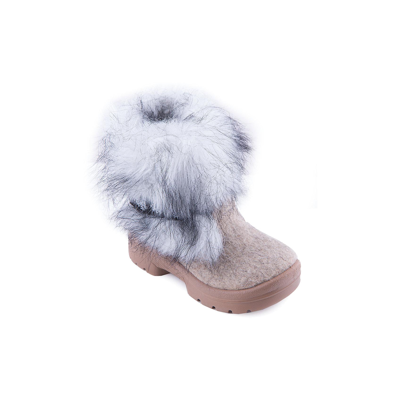 Валенки Ночная сказка ФилипокВаленки<br>Характеристики товара:<br><br>• цвет: серый, белый<br>• температурный режим: от -5° С до -30° С<br>• внешний материал: эко-войлок (натуральная шерсть)<br>• подкладка: натуральная овечья шерсть<br>• стелька: шерстяной войлок (3,5 мм)<br>• подошва: литая, полиуретан<br>• декорированы искусственным мехом<br>• подошва с анти скользящей с системой протектора anti slip<br>• защита носка - натуральная кожа с износостойкой пропиткой<br>• усиленная пятка<br>• толстая устойчивая подошва<br>• страна бренда: РФ<br>• страна изготовитель: РФ<br><br>Очень теплые и удобные валенки для ребенка от известного бренда детской обуви Филипок созданы специально для русской зимы. Качественные материалы с пропиткой против попадания воды внутрь и модный дизайн понравятся и малышам и их родителям. Подошва и стелька обеспечат ребенку комфорт, сухость и тепло, позволяя в полной мере наслаждаться зимним отдыхом. Усиленная защита пятки и носка обеспечивает дополнительную безопасность детских ног в этих сапожках.<br>Эта красивая и удобная обувь прослужит долго благодаря отличному качеству. Производитель анти скользящее покрытие и амортизирующие свойства подошвы! Модель производится из качественных и проверенных материалов, которые безопасны для детей.<br><br>Валенки от бренда Филипок можно купить в нашем интернет-магазине.<br><br>Ширина мм: 257<br>Глубина мм: 180<br>Высота мм: 130<br>Вес г: 420<br>Цвет: серый/белый<br>Возраст от месяцев: 84<br>Возраст до месяцев: 96<br>Пол: Унисекс<br>Возраст: Детский<br>Размер: 31,29,28,27,25,24,30,32,26<br>SKU: 3341821